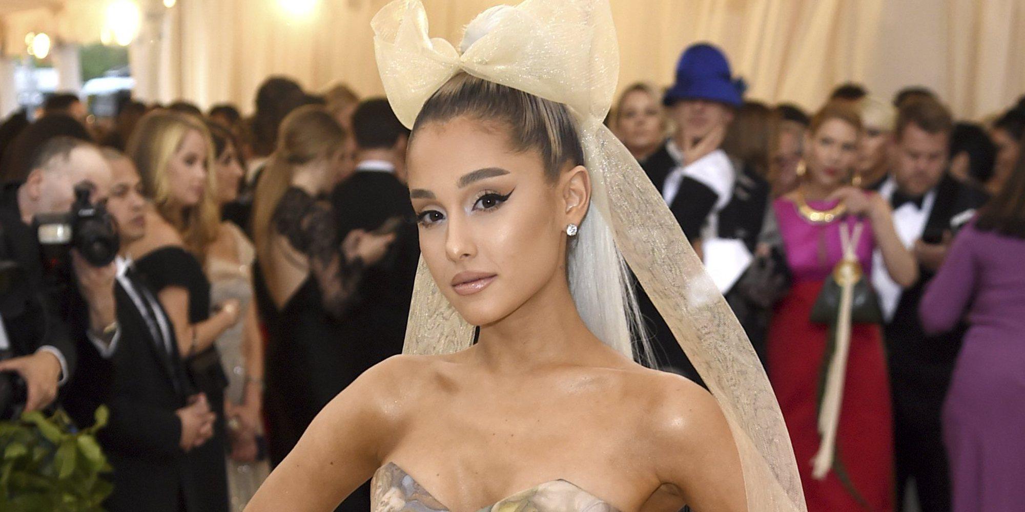 Ariana Grande recuerda a las víctimas de Manchester en el primer aniversario del atentado