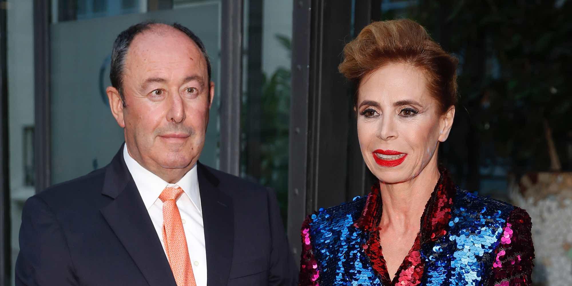 Ágatha Ruiz de la Prada y El Chatarrero oficializan su romance en el photocall