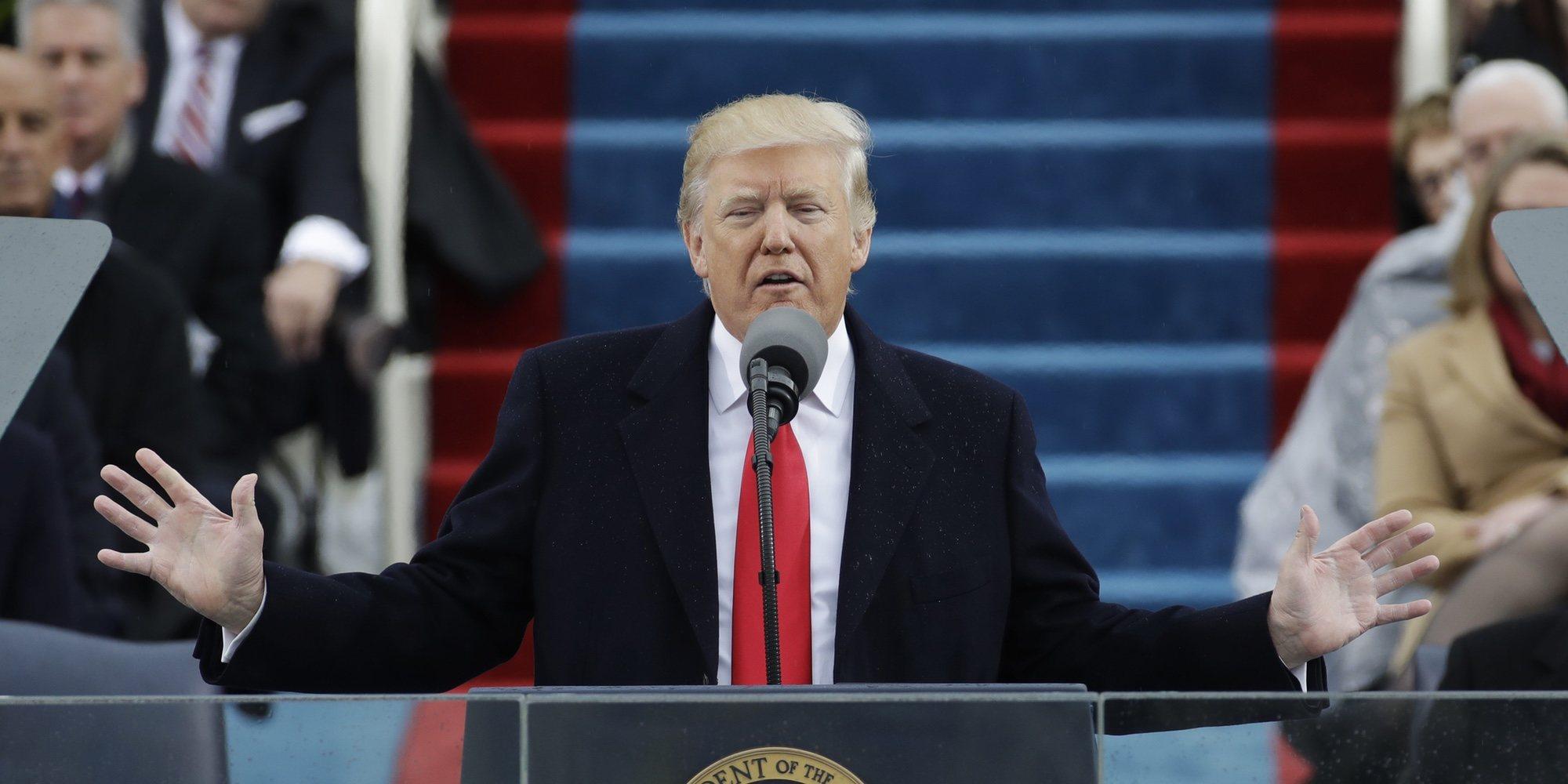 """Donald Trump responde a las palabras de Robert De Niro en los Premios Tony: """"Está atontado por los golpes"""""""