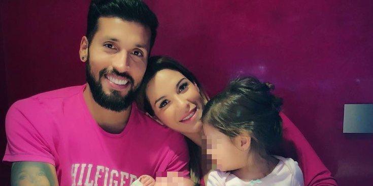 Tamara Gorro pide respeto por la gestación subrogada junto a Ezequiel Garay y su hija Shaila