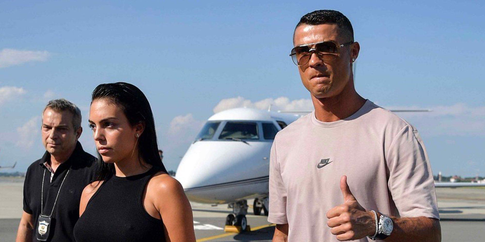 Cristiano Ronaldo aterriza en Turín con Georgina Rodríguez para comenzar una nueva vida en Italia