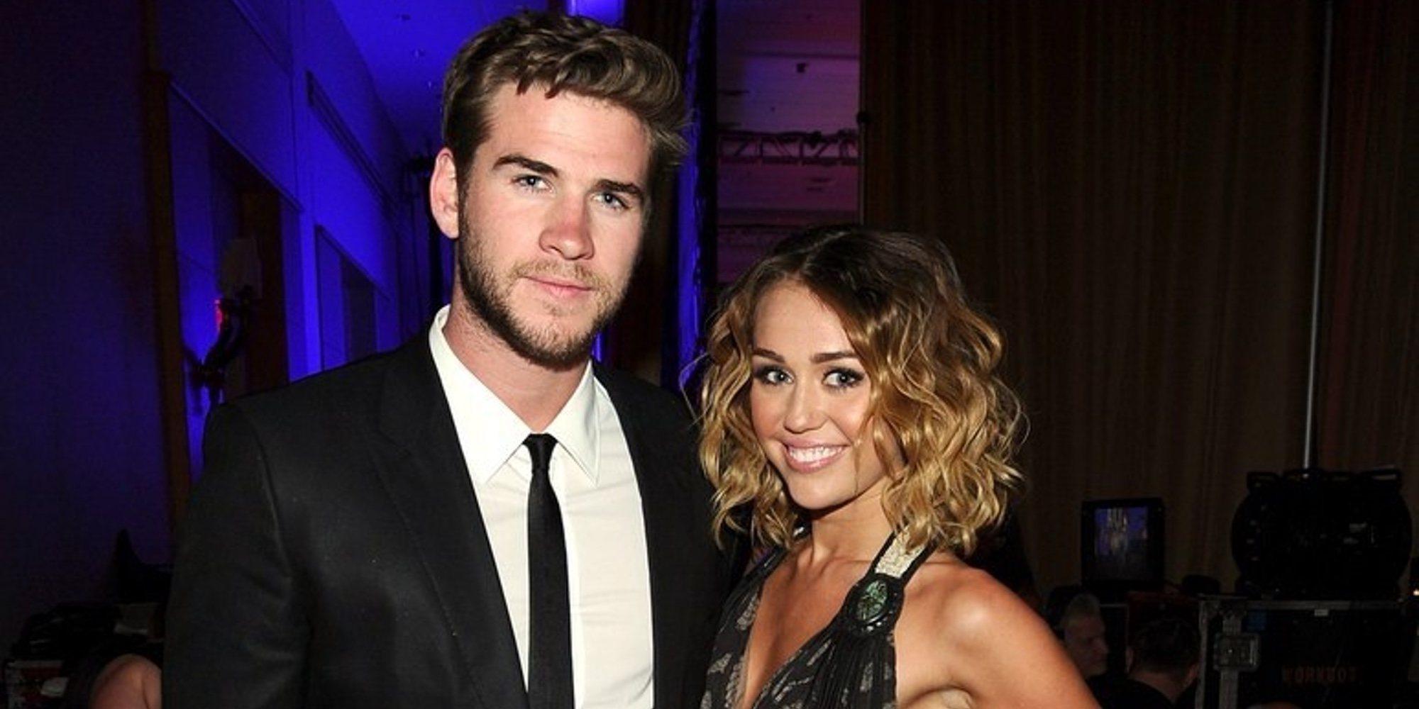 Miley Cyrus y Liam Hemsworth terminan con los rumores de ruptura con mucho humor