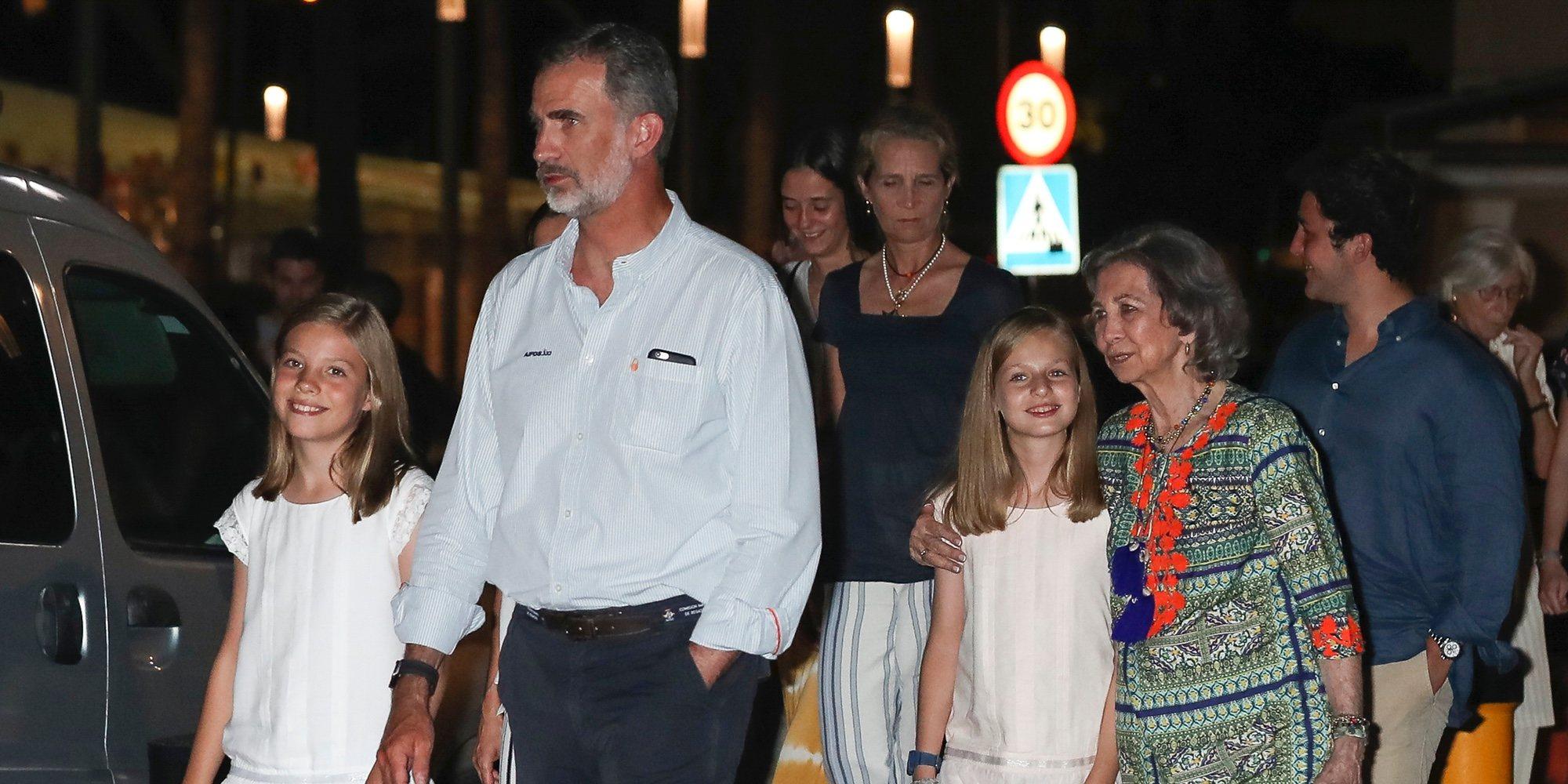La reaparición de Froilán y la felicidad de la Infanta Sofía marcan la cena de la Familia Real tras la Copa del Rey de Vela