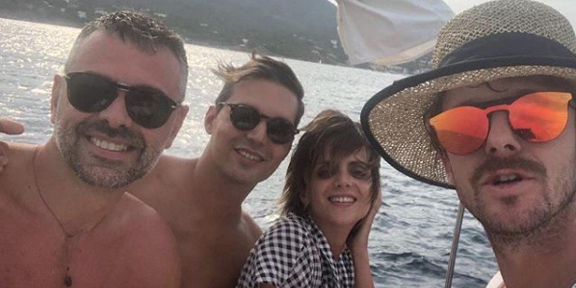 Santi Vila, criticado al irse de vacaciones cuando algunos políticos siguen presos