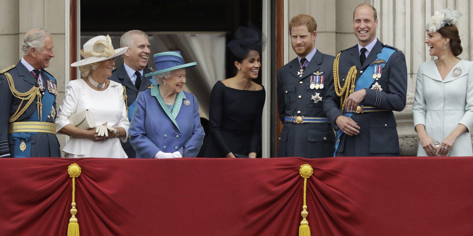 Thomas Markle critica el silencio de la Familia Real Británica y la compara con la cienciología