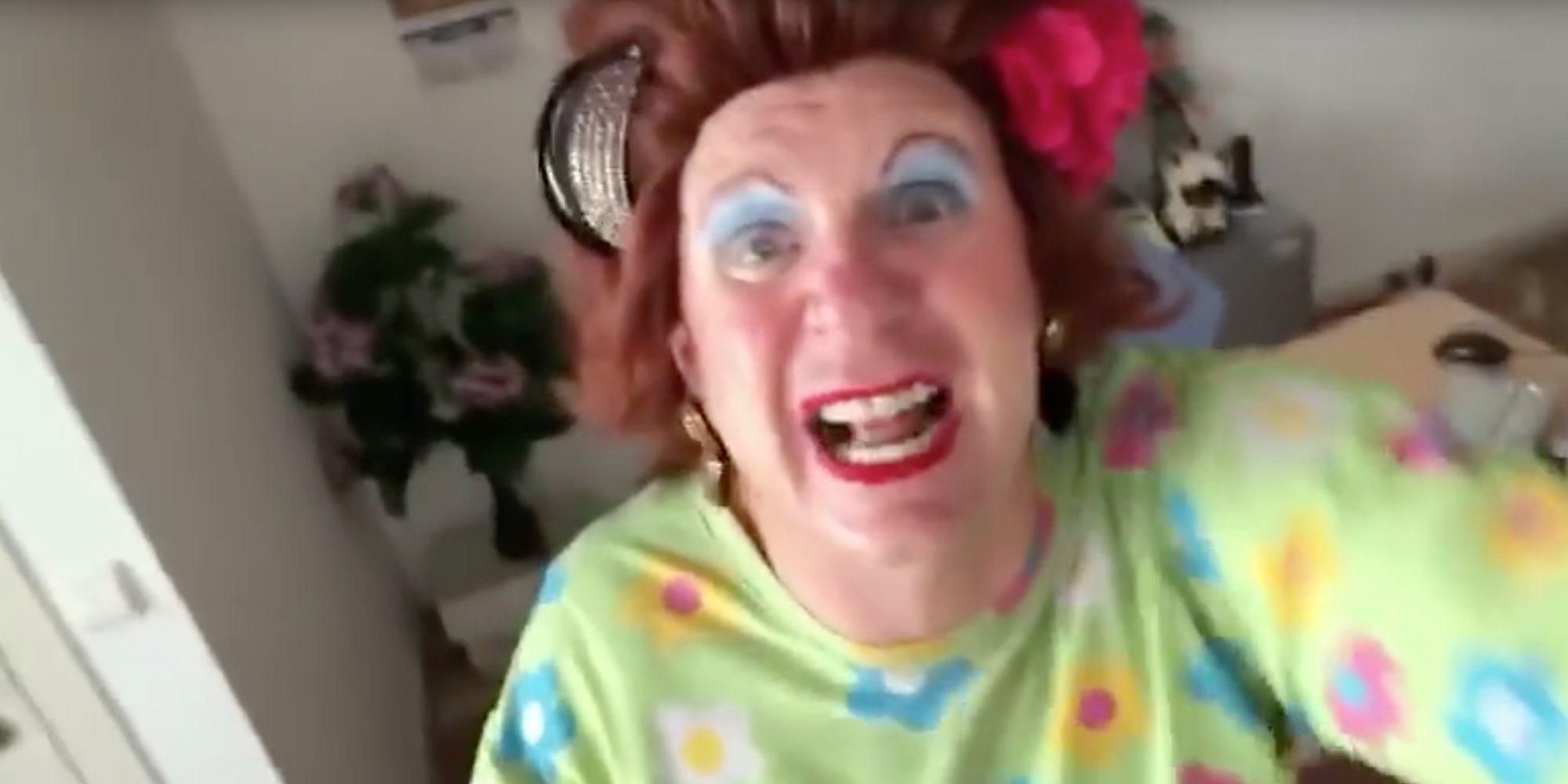 "Los Morancos imitan a Thalía :""¿Están ahí mis followers?"""