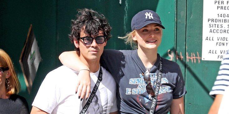 """Joe Jonas y Sophie Turner se tatúan juntos: """"Hasta el infinito y más allá"""""""