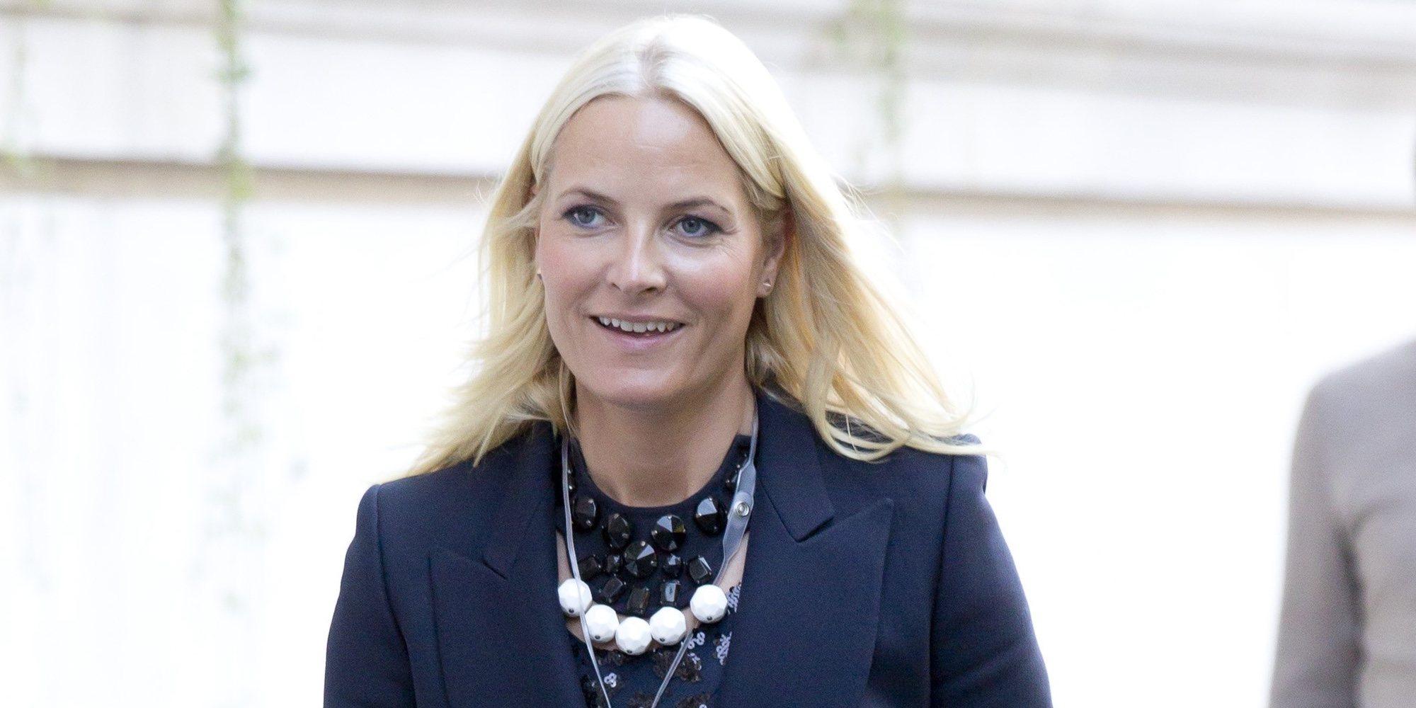 La Princesa Mette-Marit de Noruega padece fibrosis pulmonar