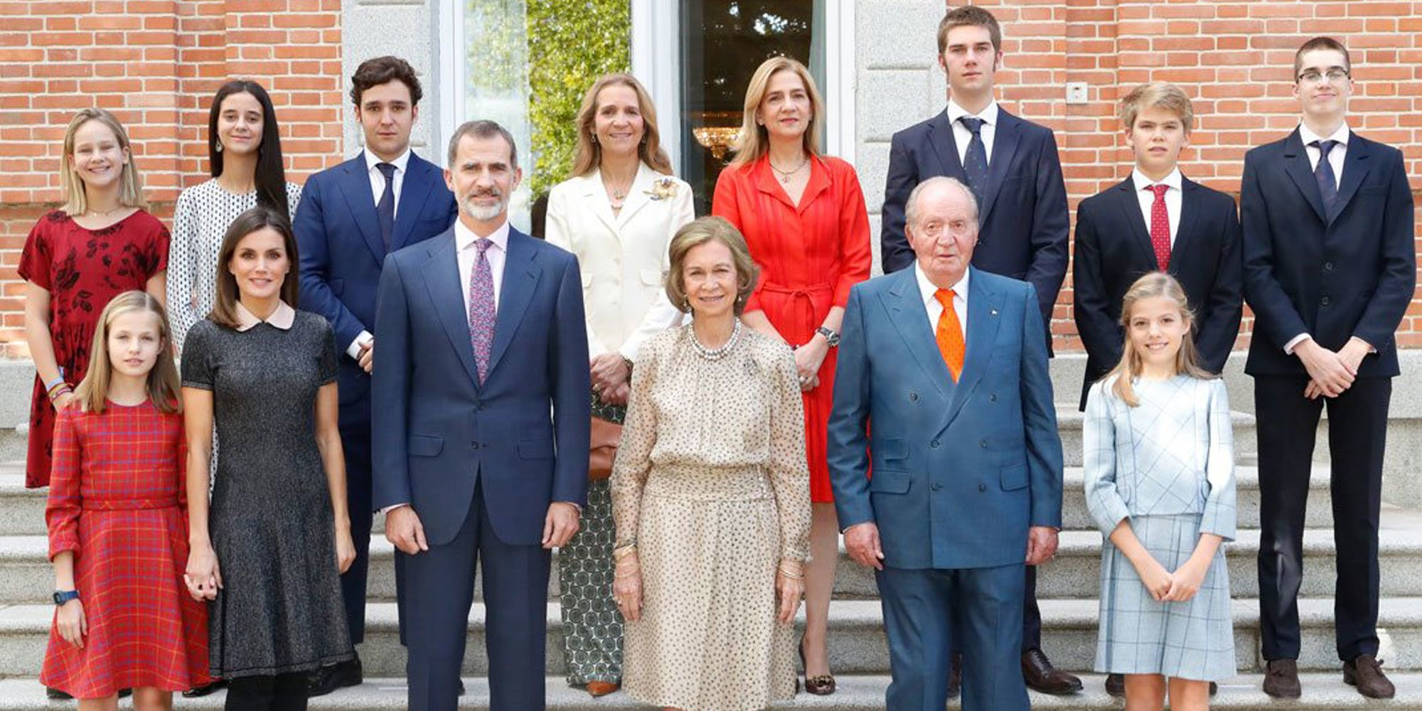 Los detalles de la foto del 80 cumpleaños de la Reina Sofía, acto marcado por el regreso de la Infanta Cristina y sus hijos
