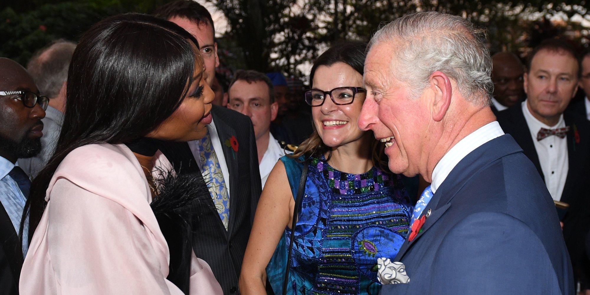 """Naomi Campbell y su peculiar felicitación al Príncipe Carlos de Inglaterra: """"No aparenta la edad que tiene"""""""