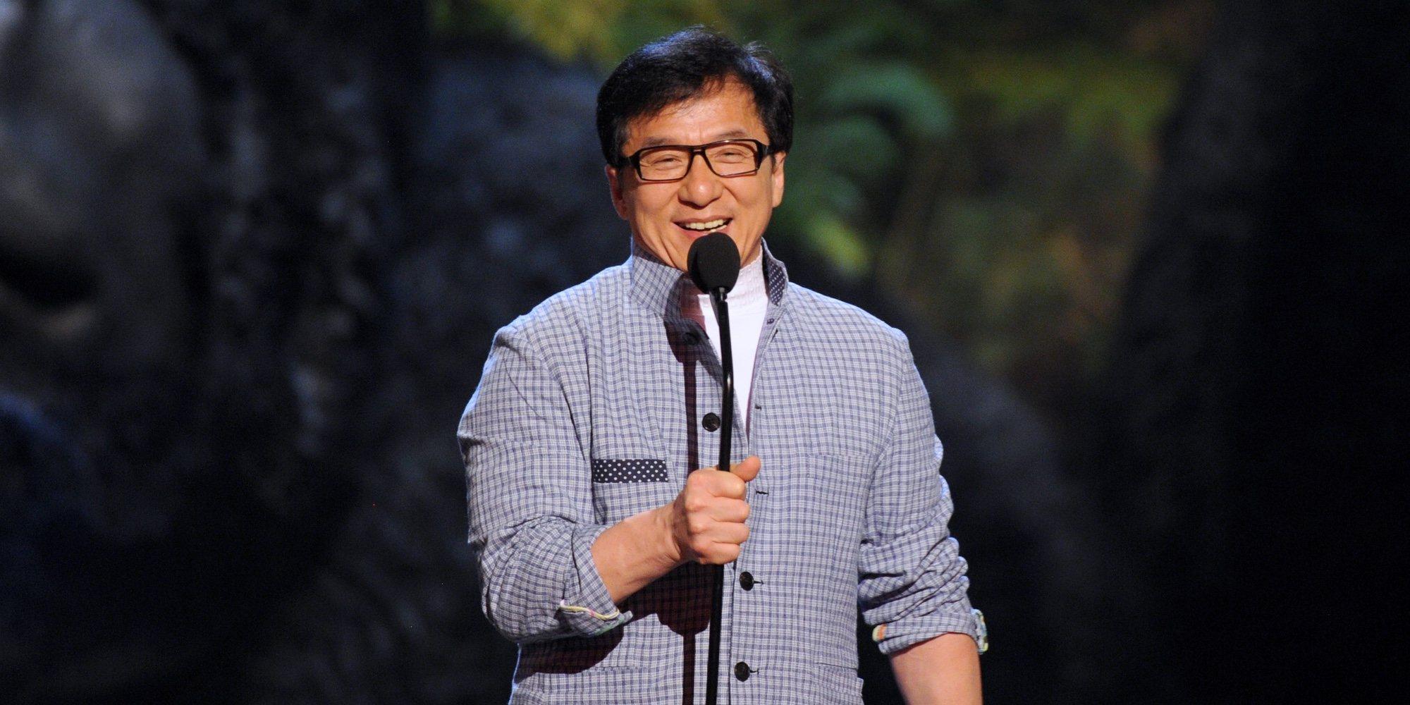 Jackie Chan admite en sus memorias el comportamiento vejatorio al que sometía a su mujer a diario