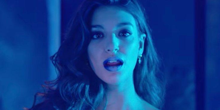 El sensual videoclip de Ana Guerra para su nuevo single 'Bajito'