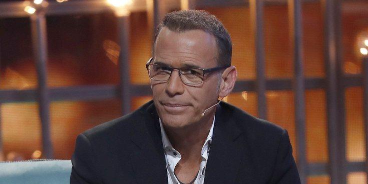 """Carlos Lozano se disculpa por su llamada a 'Sálvame': """"Es un episodio que quiero borrar de mi vida"""""""