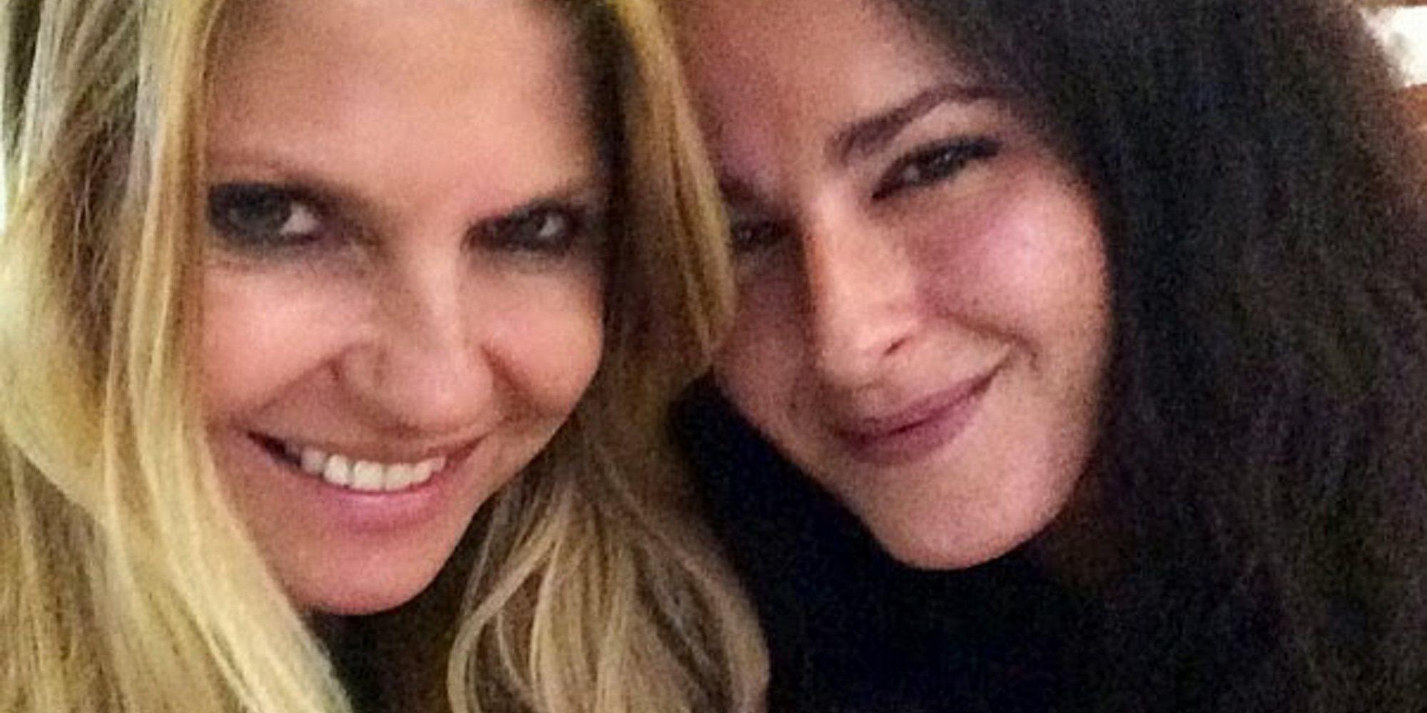 """Mónica Estarreado da nuevos detalles del affaire de Makoke y Brad Pitt: """"La llamó para pasar la Nochevieja"""""""