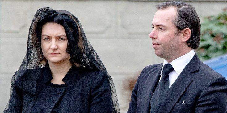 Stéphanie de Lannoy, arropada por la Familia Real de Luxemburgo y Matilde de Bélgica en el funeral de su padre