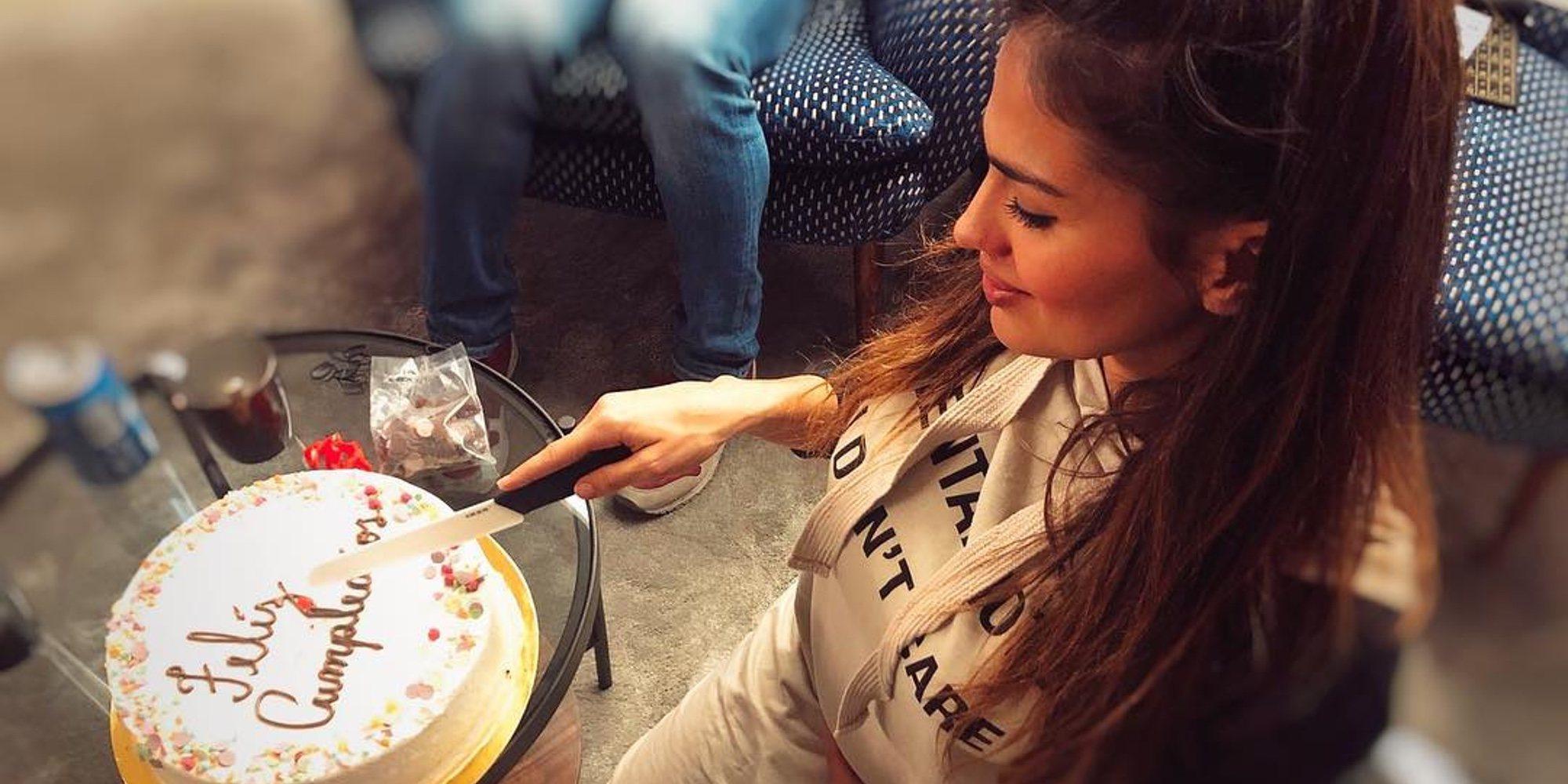 """Sara Sálamo presume de embarazo en la fiesta de su 27 cumpleaños: """"Último sin conocerte bebé mío"""""""