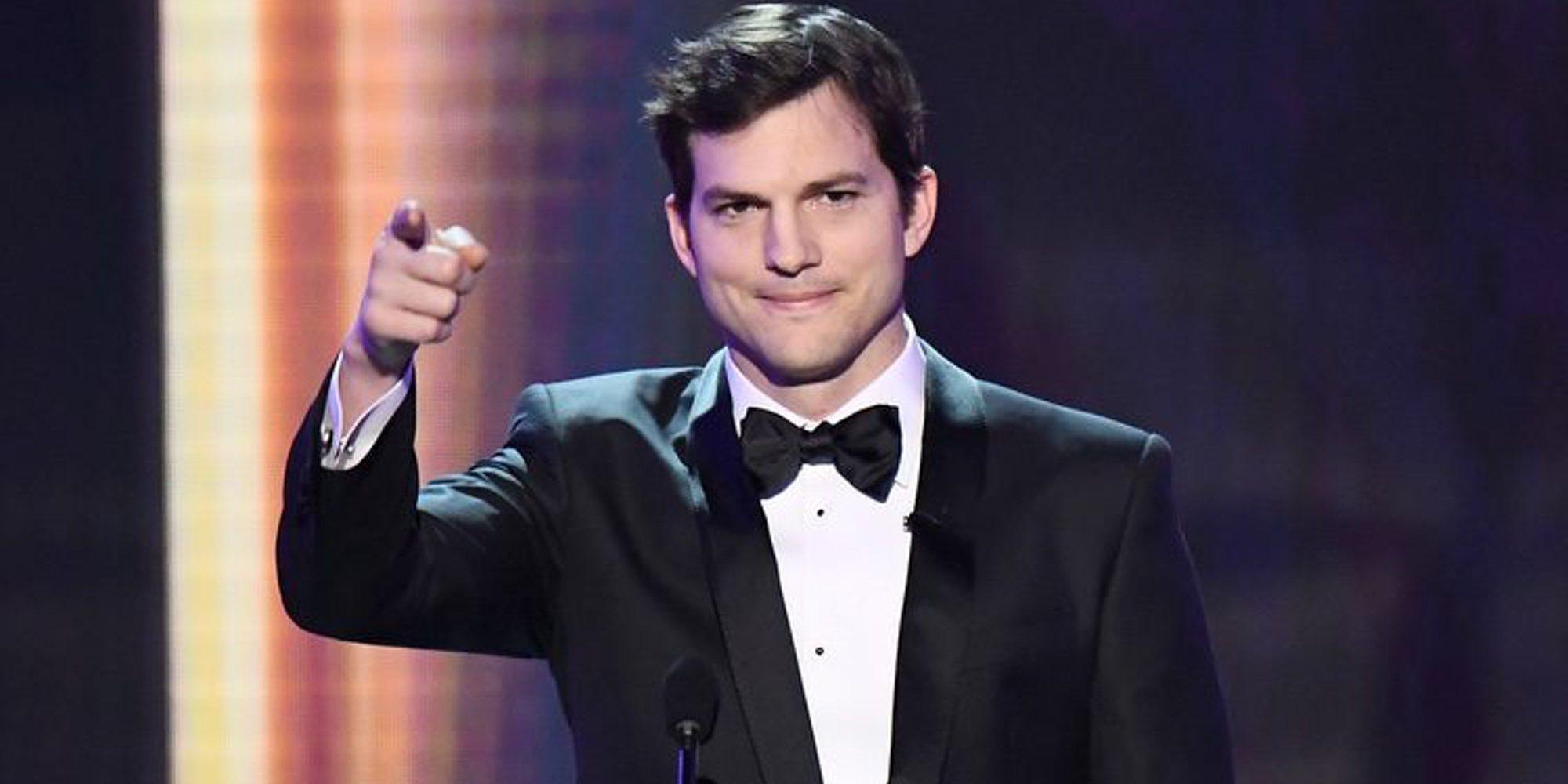 Ashton Kutcher publica su número de móvil para que sus fans puedan contactar con él