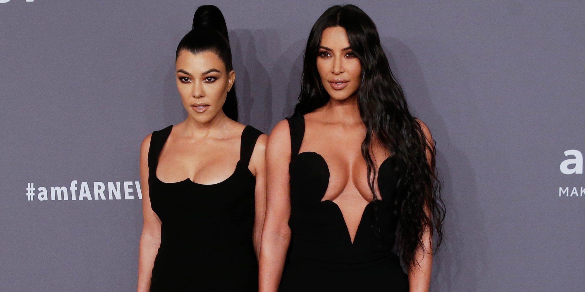 Kourtney y Kim Kardashian deslumbran en la gala amFAR 2019 de Nueva York