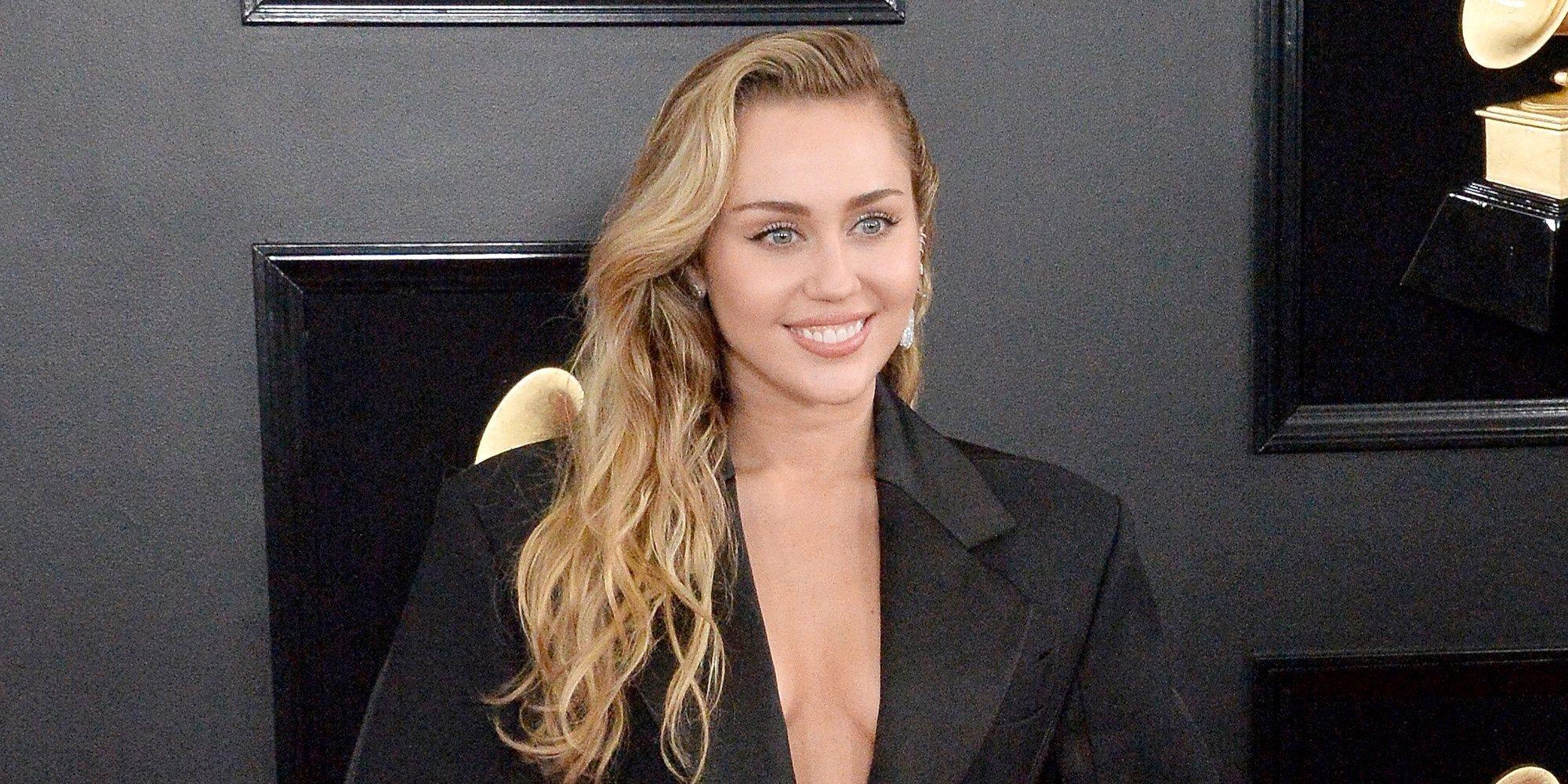 Miley Cyrus, muy tranquila en los Grammy 2019 tras la hospitalización de Liam Hemsworth