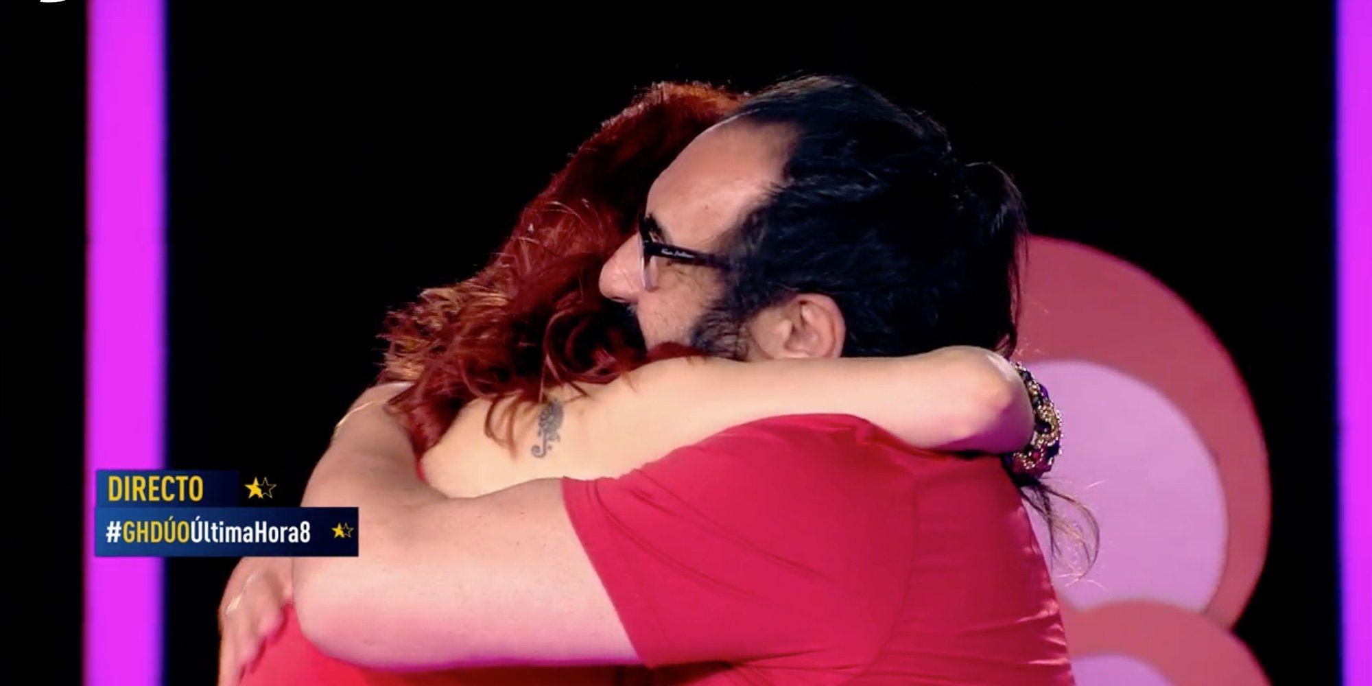 Yurena y Juan Miguel se comen a besos en su reencuentro en 'GH DÚO' por San Valentín