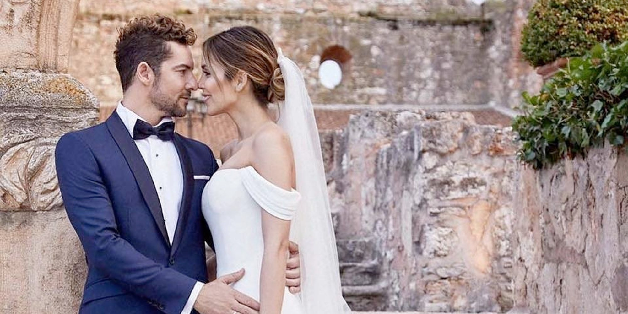 """David Bisbal se pone melancólico al estar lejos de Rosanna Zanetti: """"La princesa de mis cuentos encantados"""""""