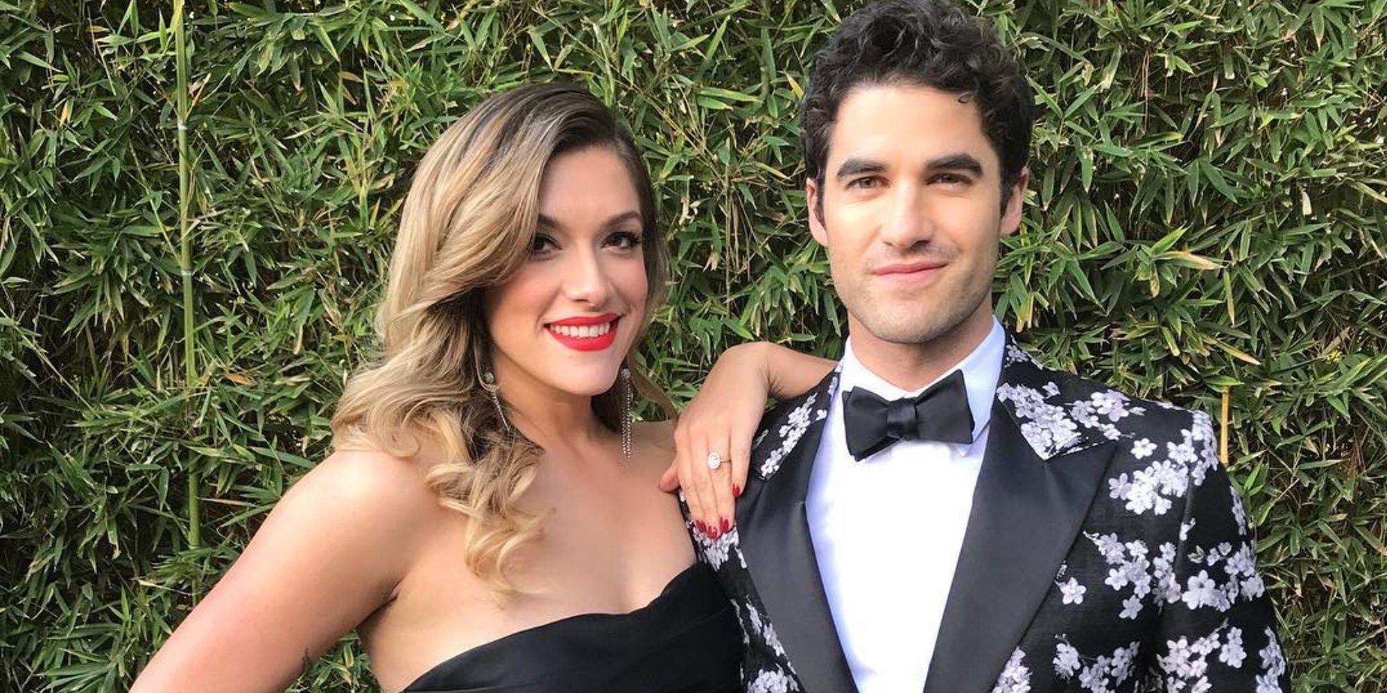 Darren Criss y Mia Swier se han casado rodeados por compañeros de 'Glee'