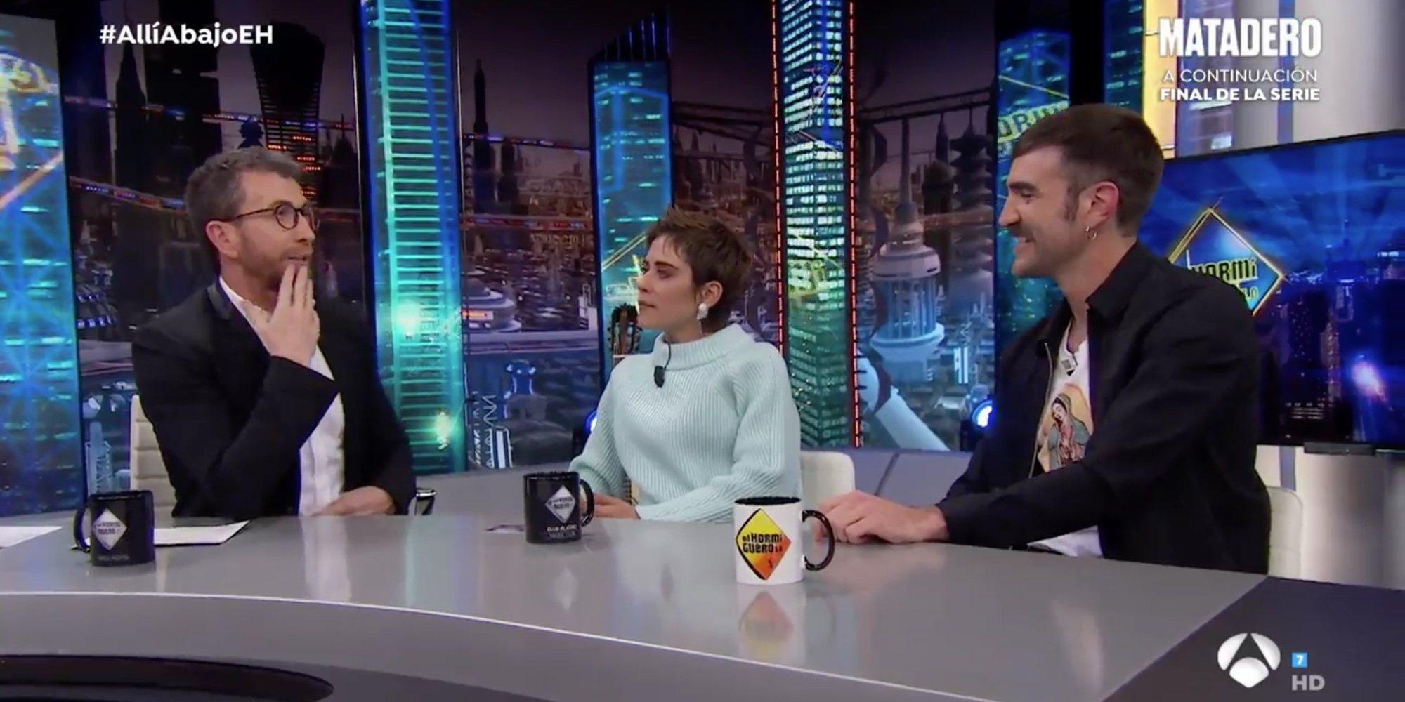 María León y Jon Plazaola confiesan que ha habido romances en el rodaje de la nueva temporada de 'Allí Abajo'