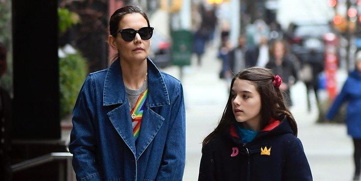La surrealista bronca de Katie Holmes a su hija, Suri Cruise, por unos yogures que vio Almudena Ariza