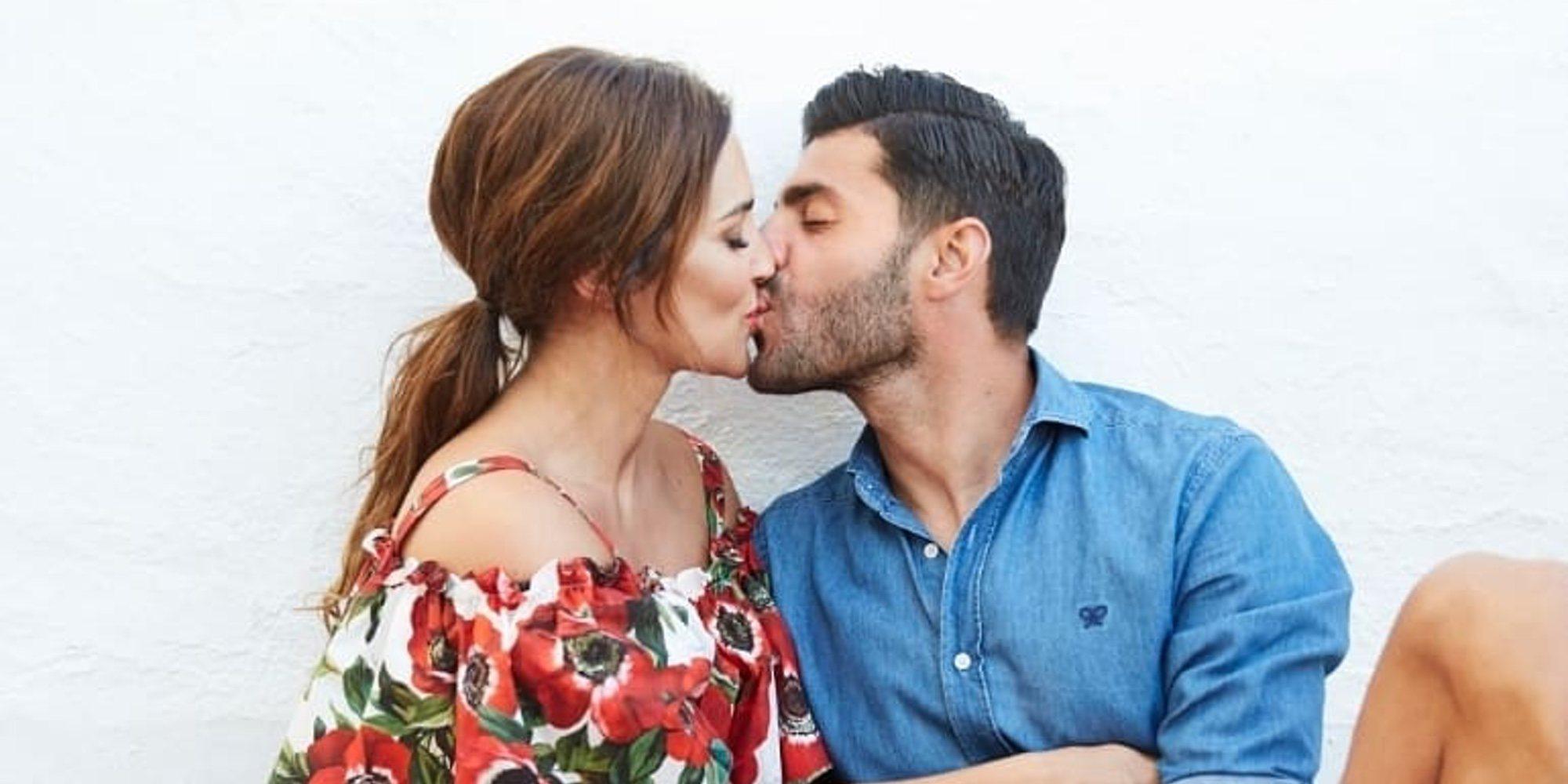 Paula Echevarría y Miguel Torres se adelantan a la Semana Santa