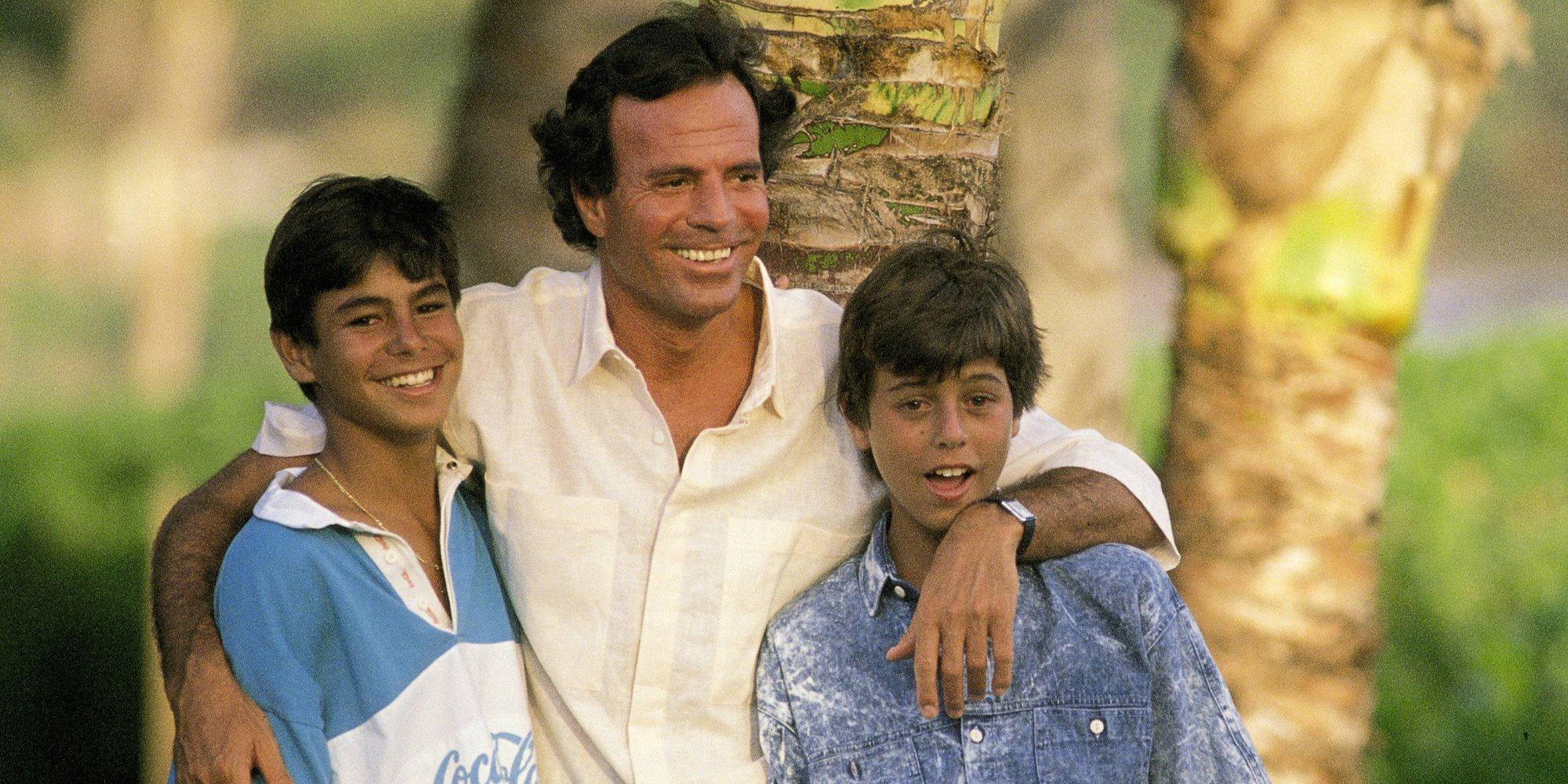 Julio Iglesias aclara la relación que tiene con sus hijos y habla sobre sus nietos, los hijos de Enrique