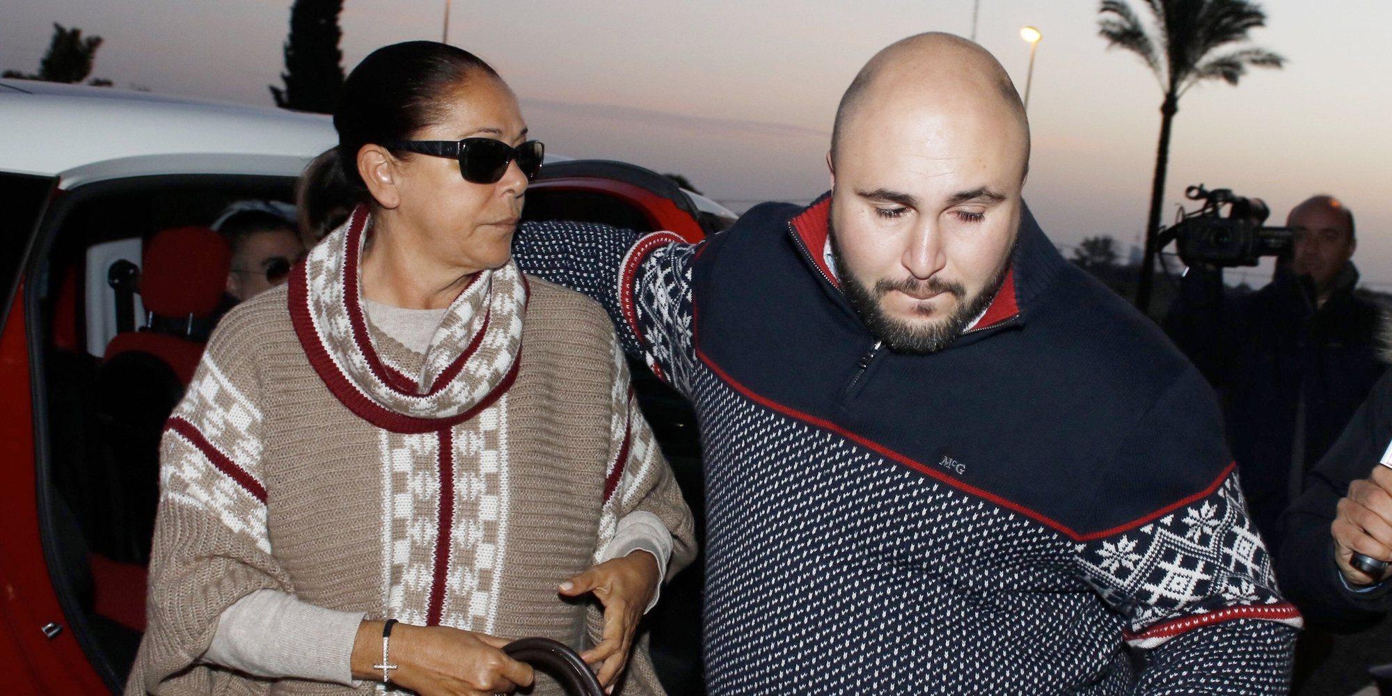 """Kiko Rivera cuenta cómo vivió el paso de Isabel Pantoja por la cárcel: """"Me destrozó"""""""