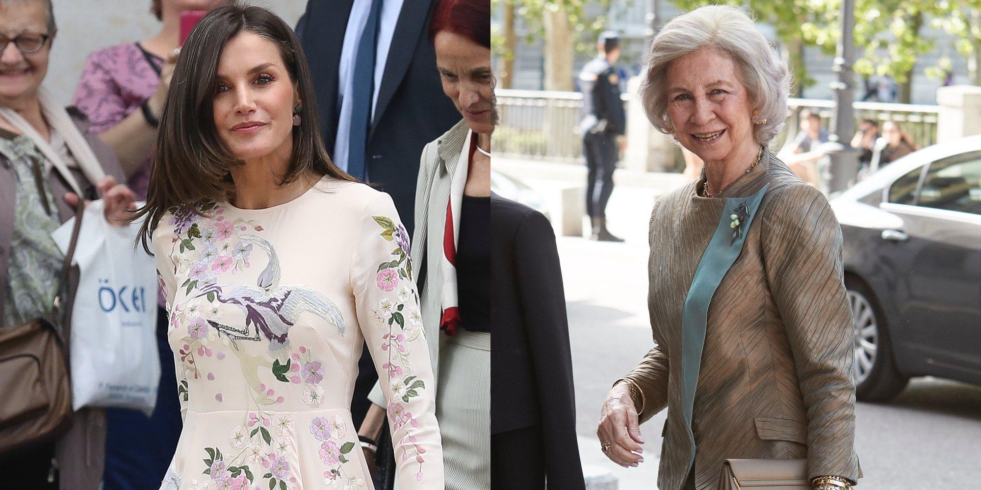 El Rey Felipe y el Rey Juan Carlos, unidos de nuevo mientras la Reina Letizia y la Reina Sofía van cada una por su lado