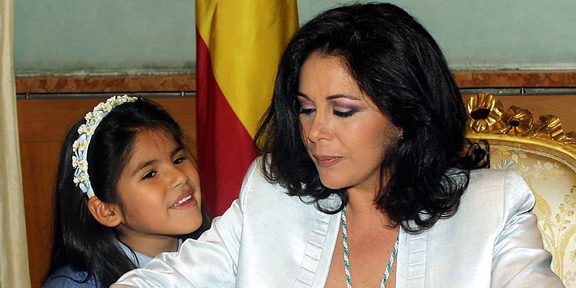 """Chabelita Pantoja habla de la noche antes a que su madre entrar en prisión: """"Dormí con ella"""""""