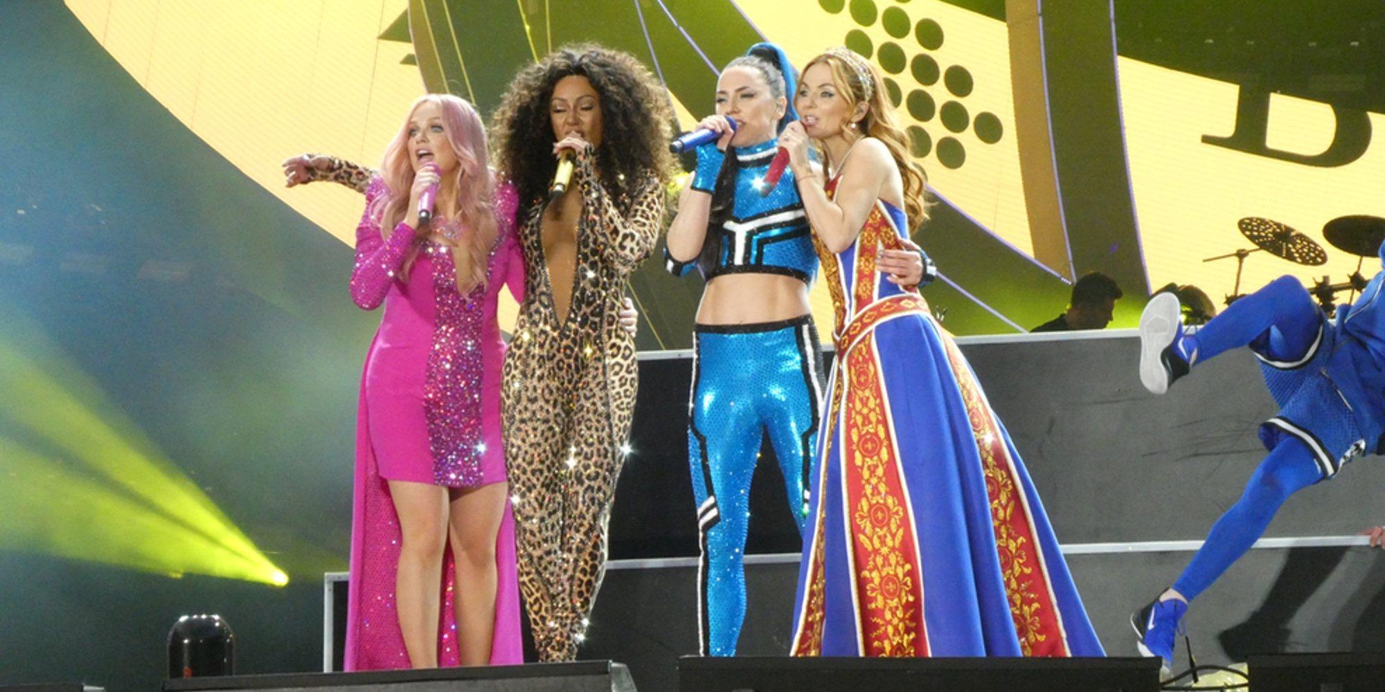 El espectacular regreso de las Spice Girls ha comenzado y no se libra de algún que otro problema de sonido