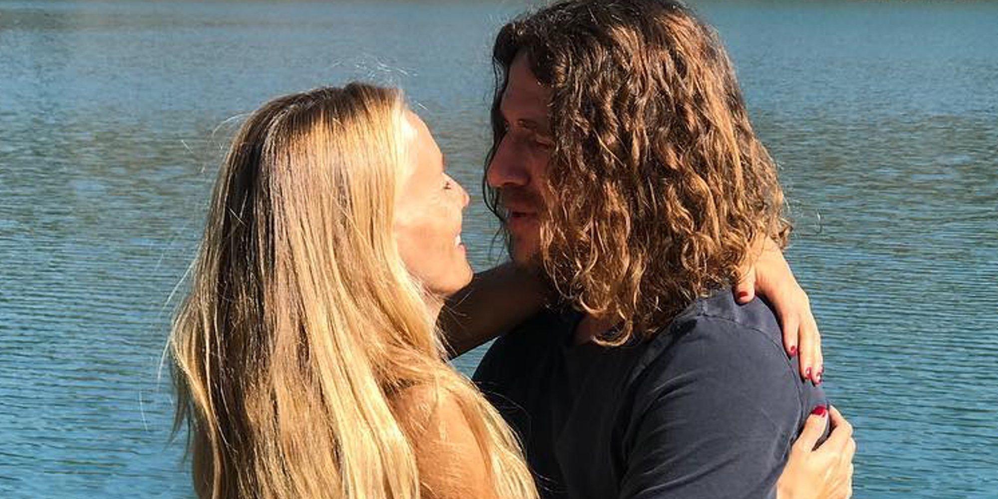 "Vanesa Lorenzo pide matrimonio a Carles Puyol: ""He dicho que sí"""