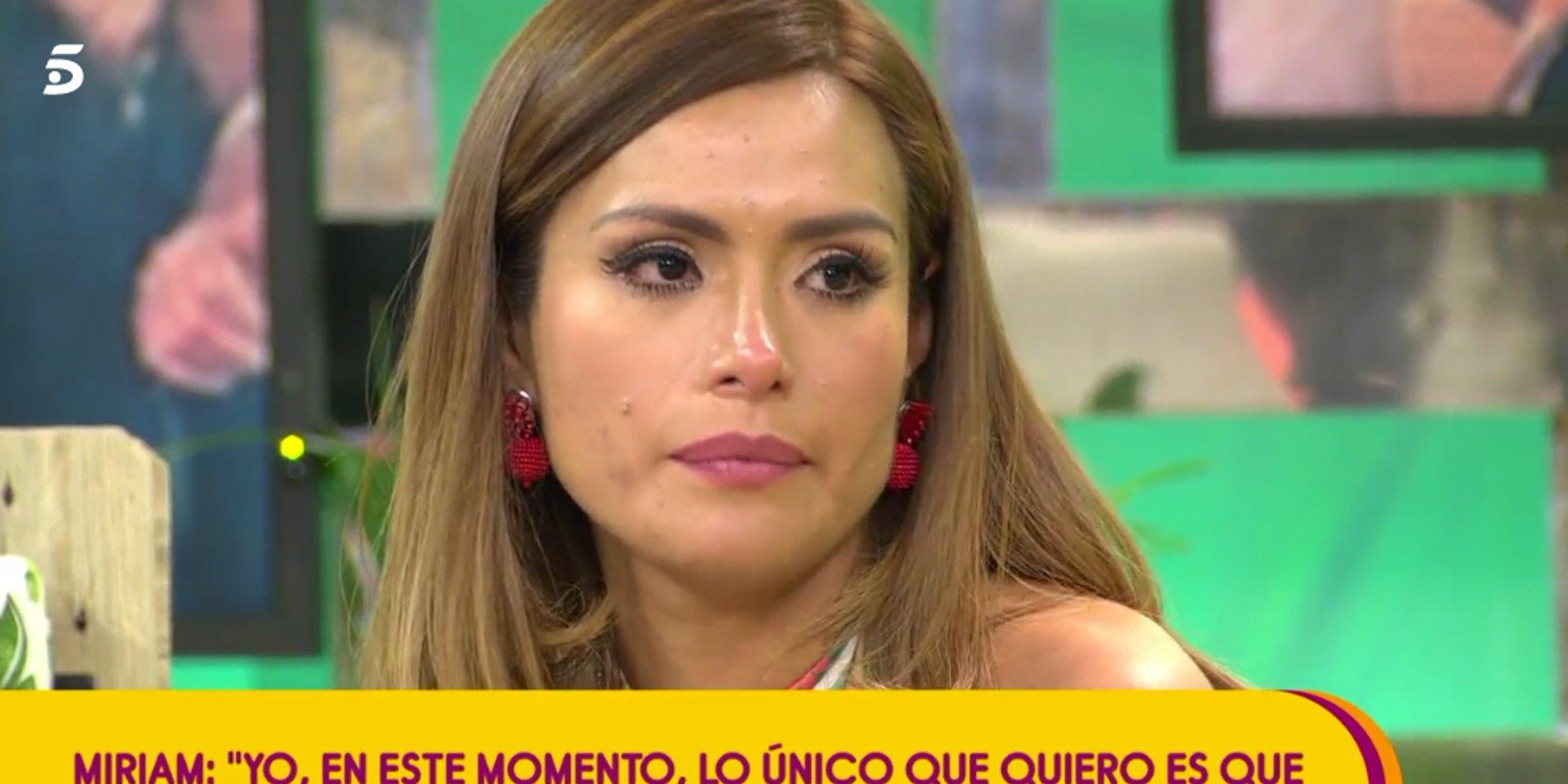 """El mosqueo de Miriam Saavedra con Carlos Lozano en 'Sálvame': """"Espero que luego no me llames arrepentido"""""""