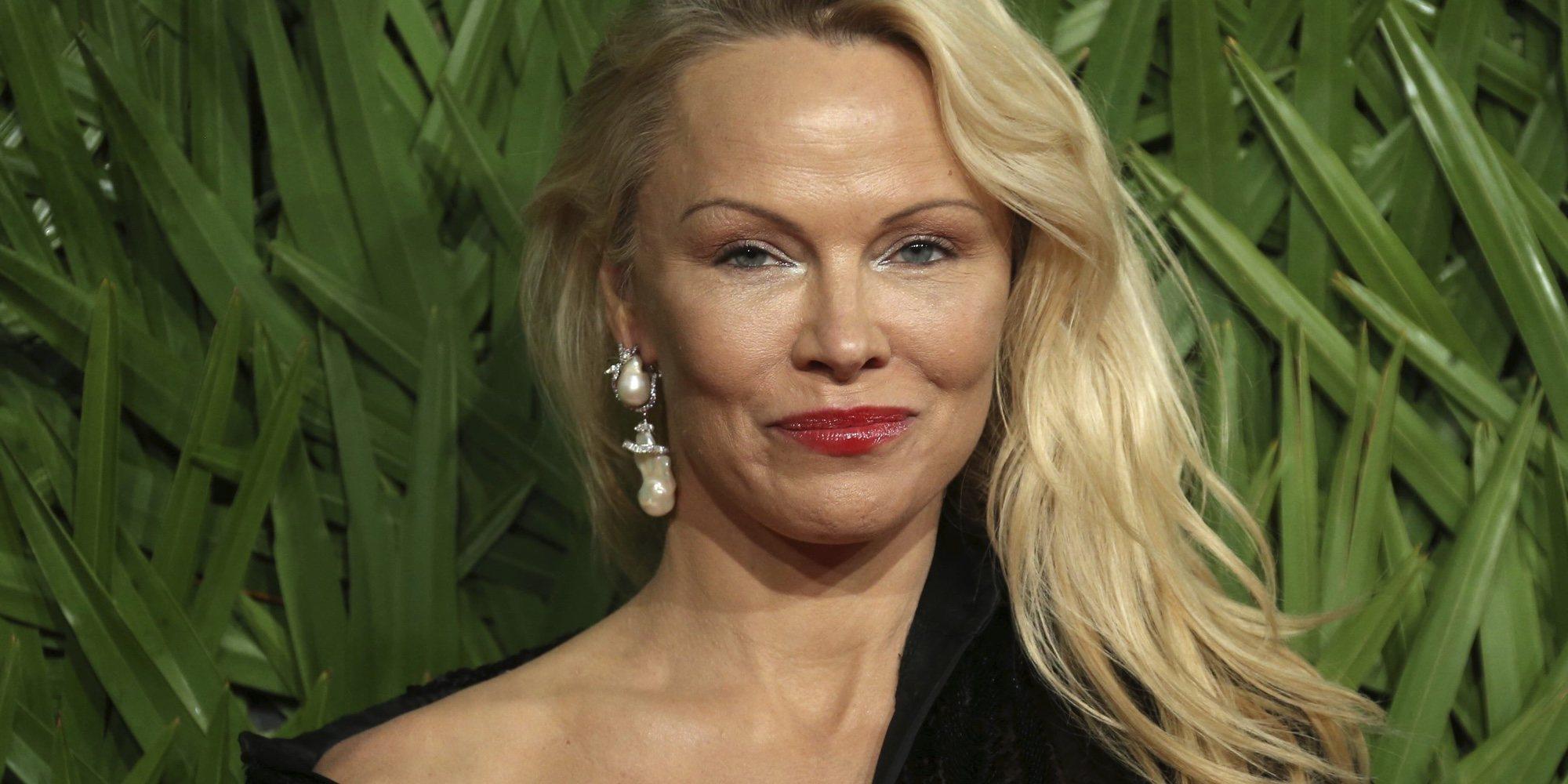 "Pamela Anderson destapa la gran mentira de su noviazgo con Adil Rami: ""He sido estafada"""