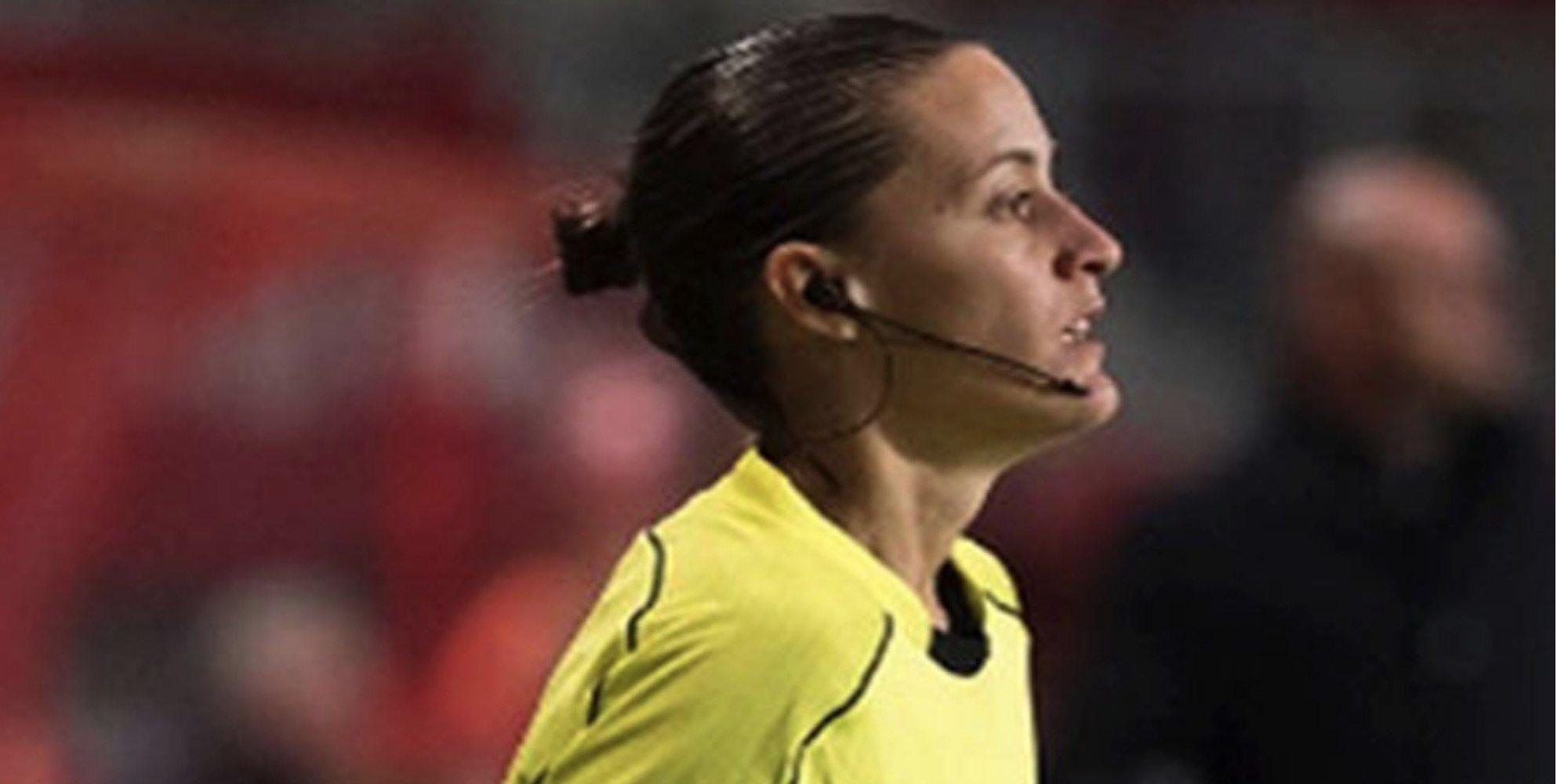 Guadalupe Porras Ayuso se convierte en la primera árbitra de la historia que asciende a Primera división