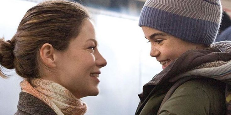 Salma Hayek, Bella Thorne y Michelle Monaghan rinden tributo a Cameron Boyce