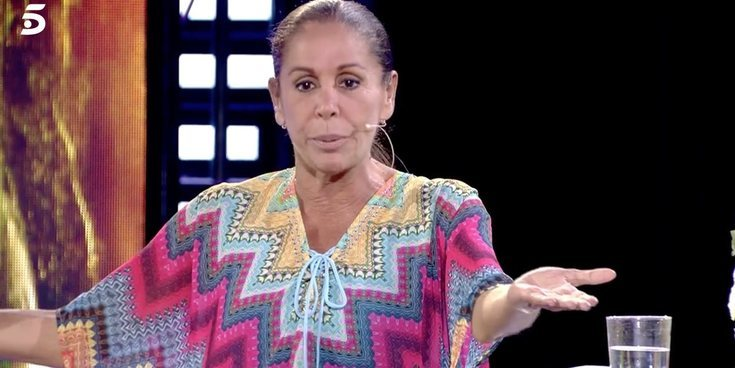 """Isabel Pantoja se pronuncia sobre Marta Roca y Chelo García Cortés: """"Quedaremos las tres"""""""