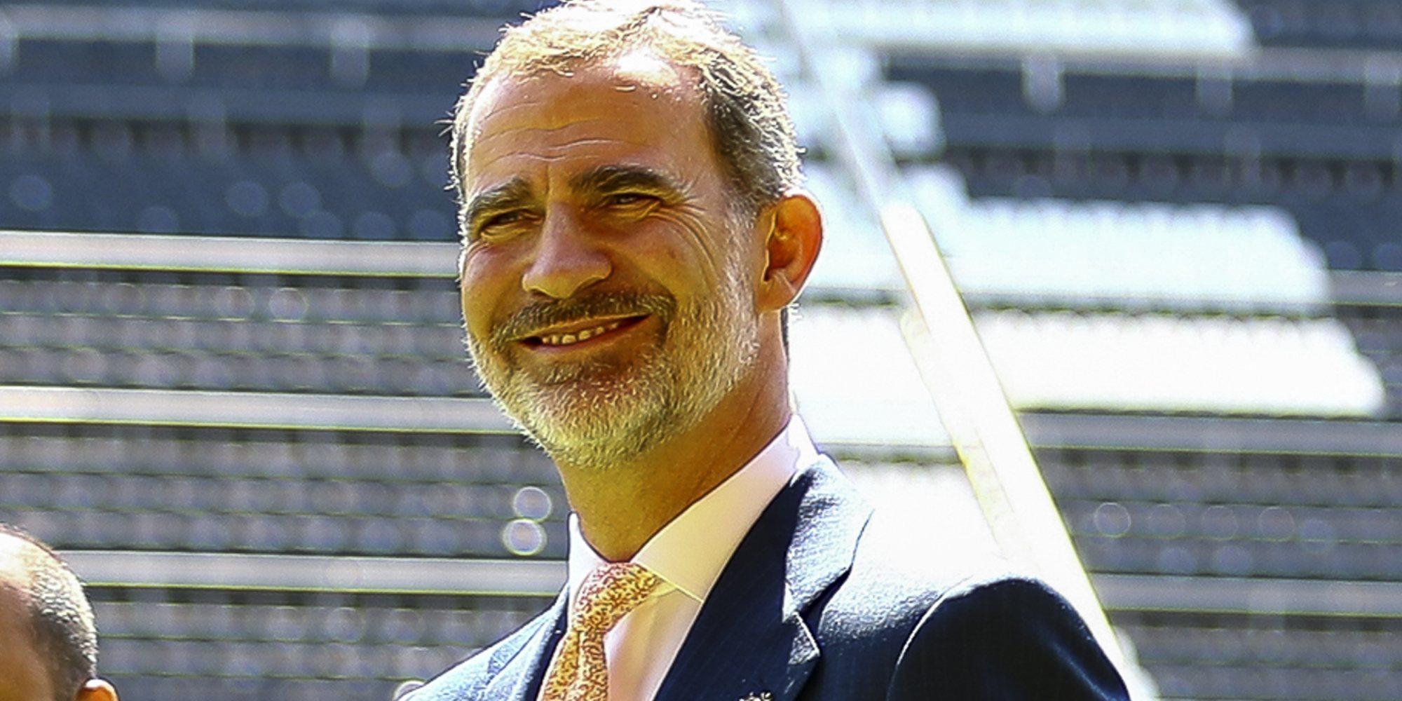 La emotiva visita del Rey Felipe al Valencia CF, el equipo favorito de su sobrino Juan Urdangarin