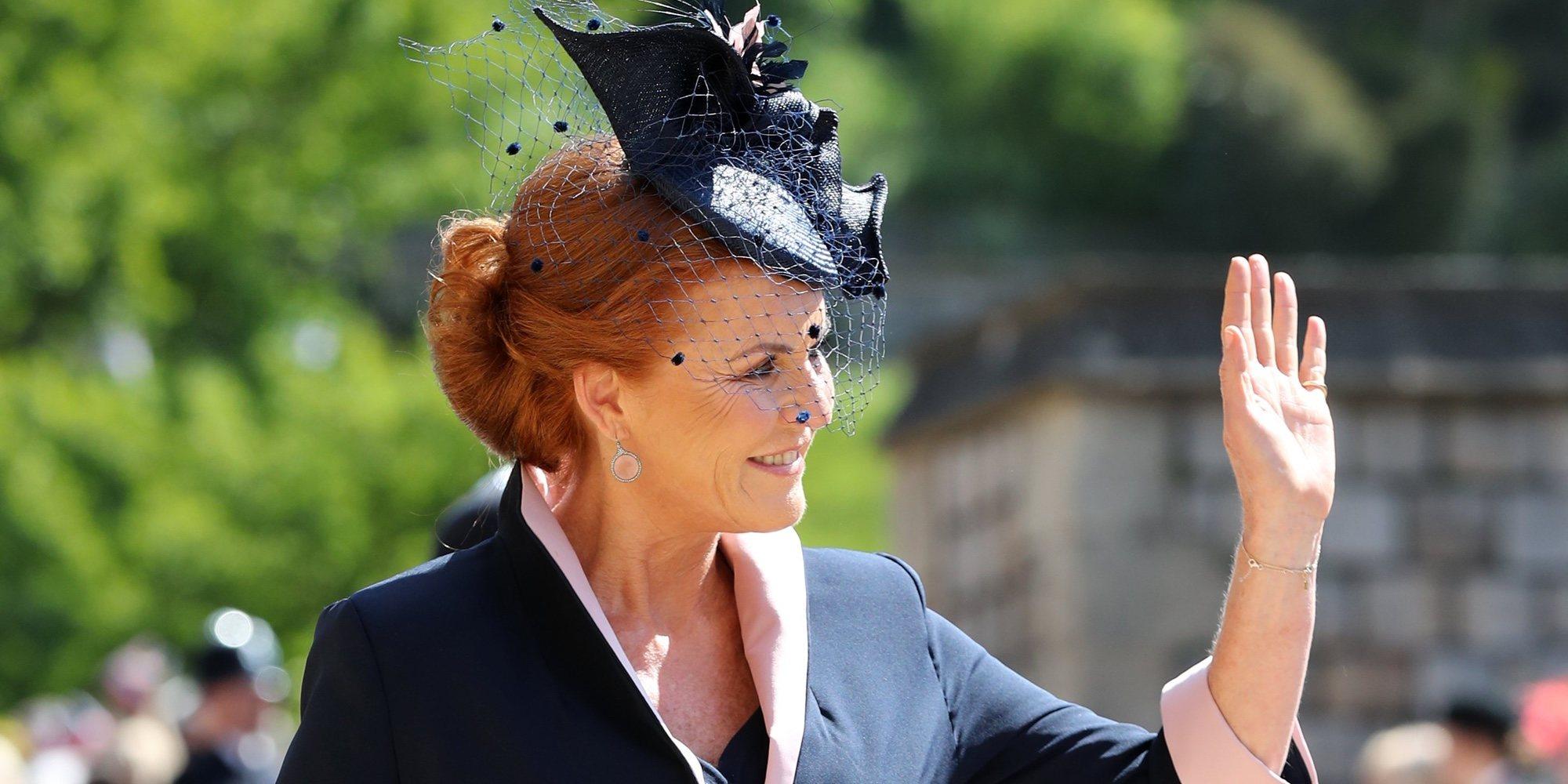 Sarah Ferguson confiesa que vive con el Príncipe Andrés