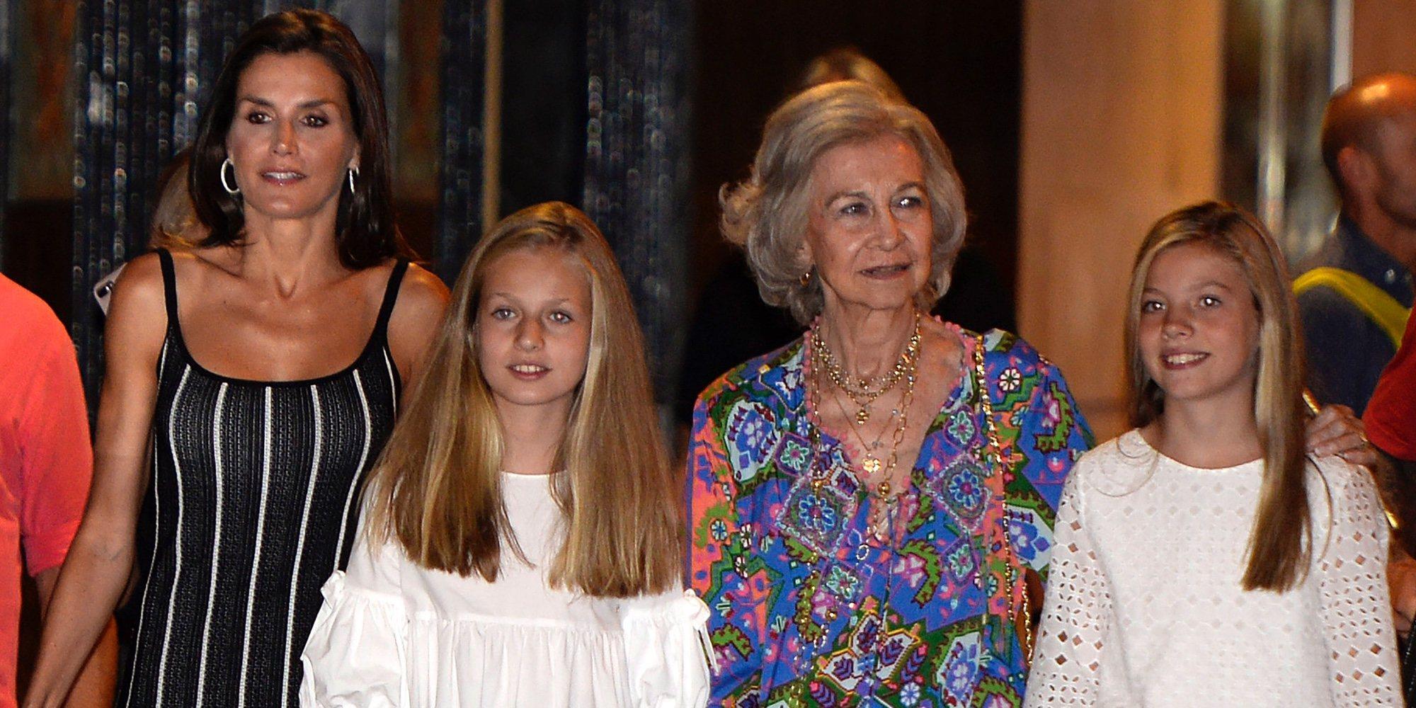 El plan cultural sin privilegios de la Reina Letizia, la Reina Sofía, la Princesa Leonor y la Infanta Sofía en Palma