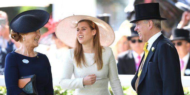 El Príncipe Andrés y Sarah Ferguson dan un paso más en su reconciliación y se van de viaje con la Reina Isabel