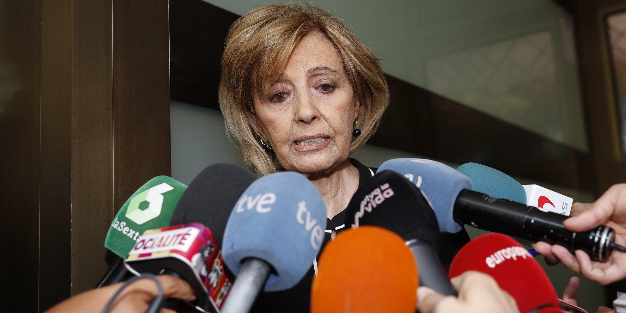 """María Teresa Campos pierde los nervios ante las cámaras: """"¡Iros ya!"""""""