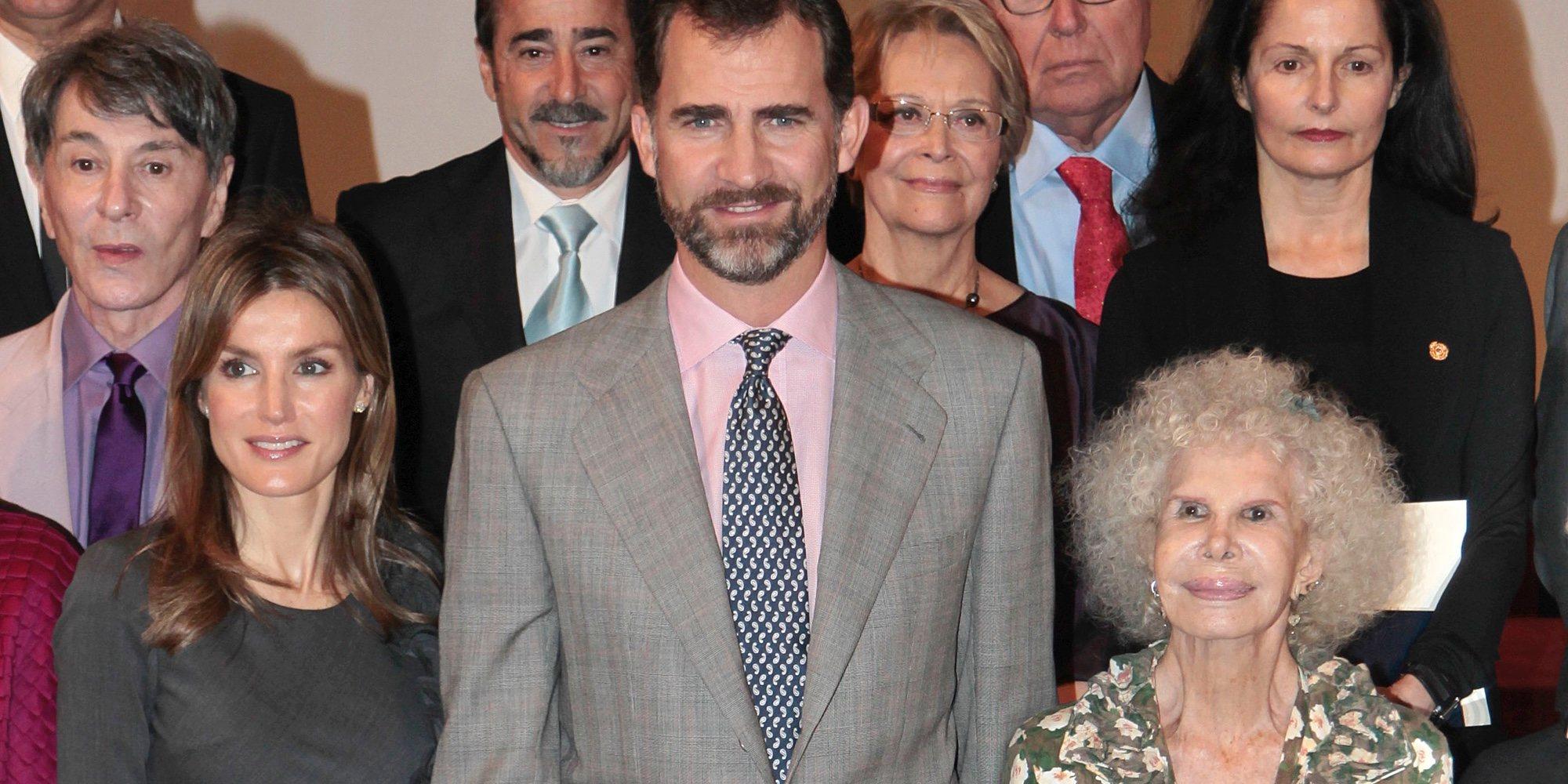 Cayetano Martínez de Irujo desvela cómo se conocieron la Reina Letizia y la Duquesa de Alba y deja un misterio sin resolver