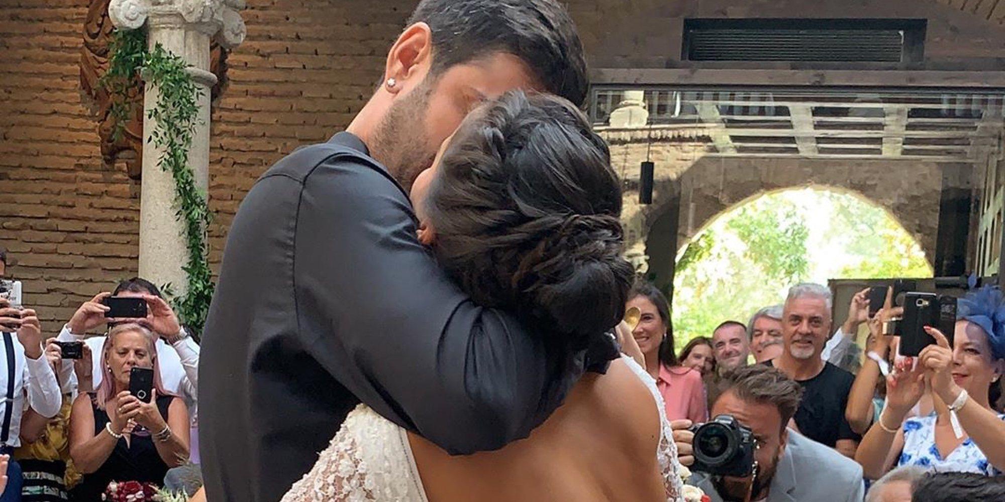 Melendi y Julia Nakamatsu se casan un día después de la fecha prevista para su boda