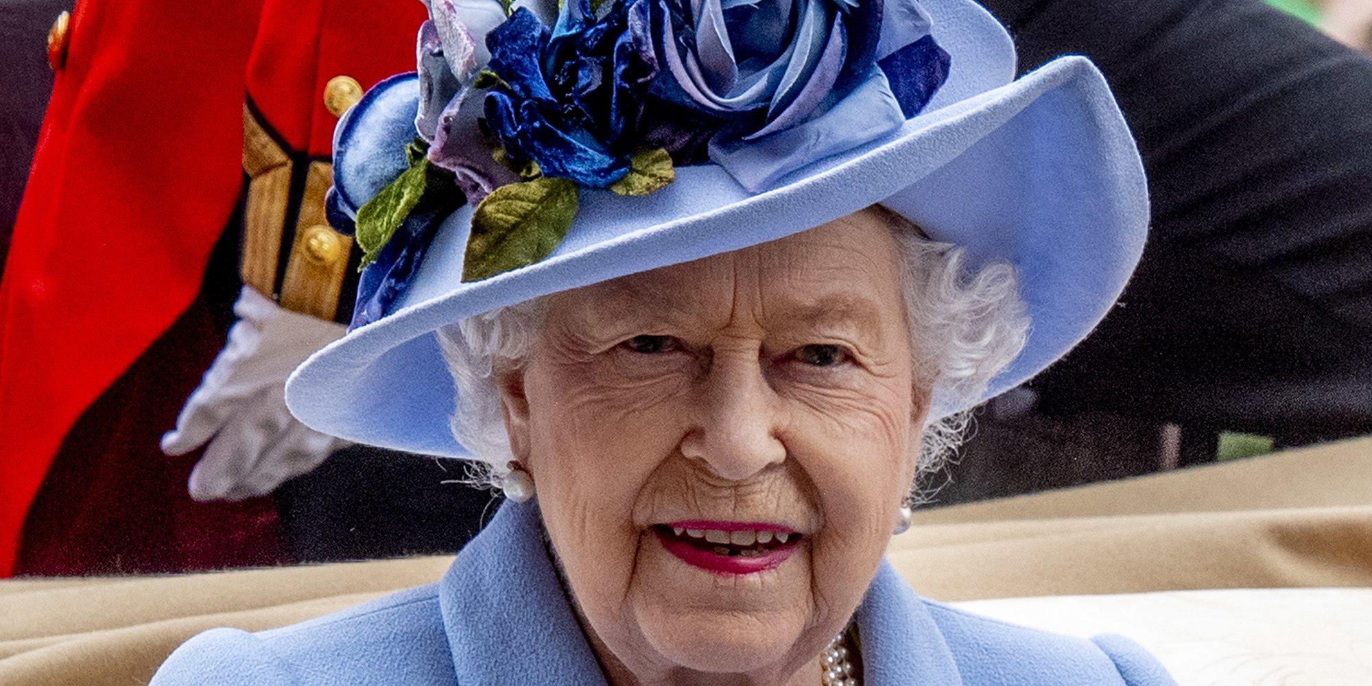La noche en la que la Reina Isabel enseñó protocolo a Lewis Hamilton