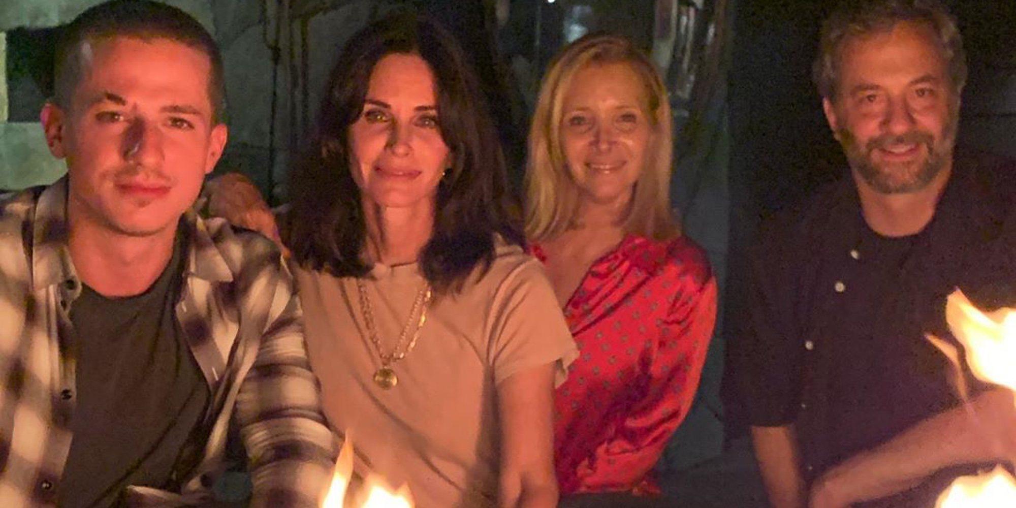 Courteney Cox y Lisa Kudrow se reencuentran por los 25 años de 'Friends'