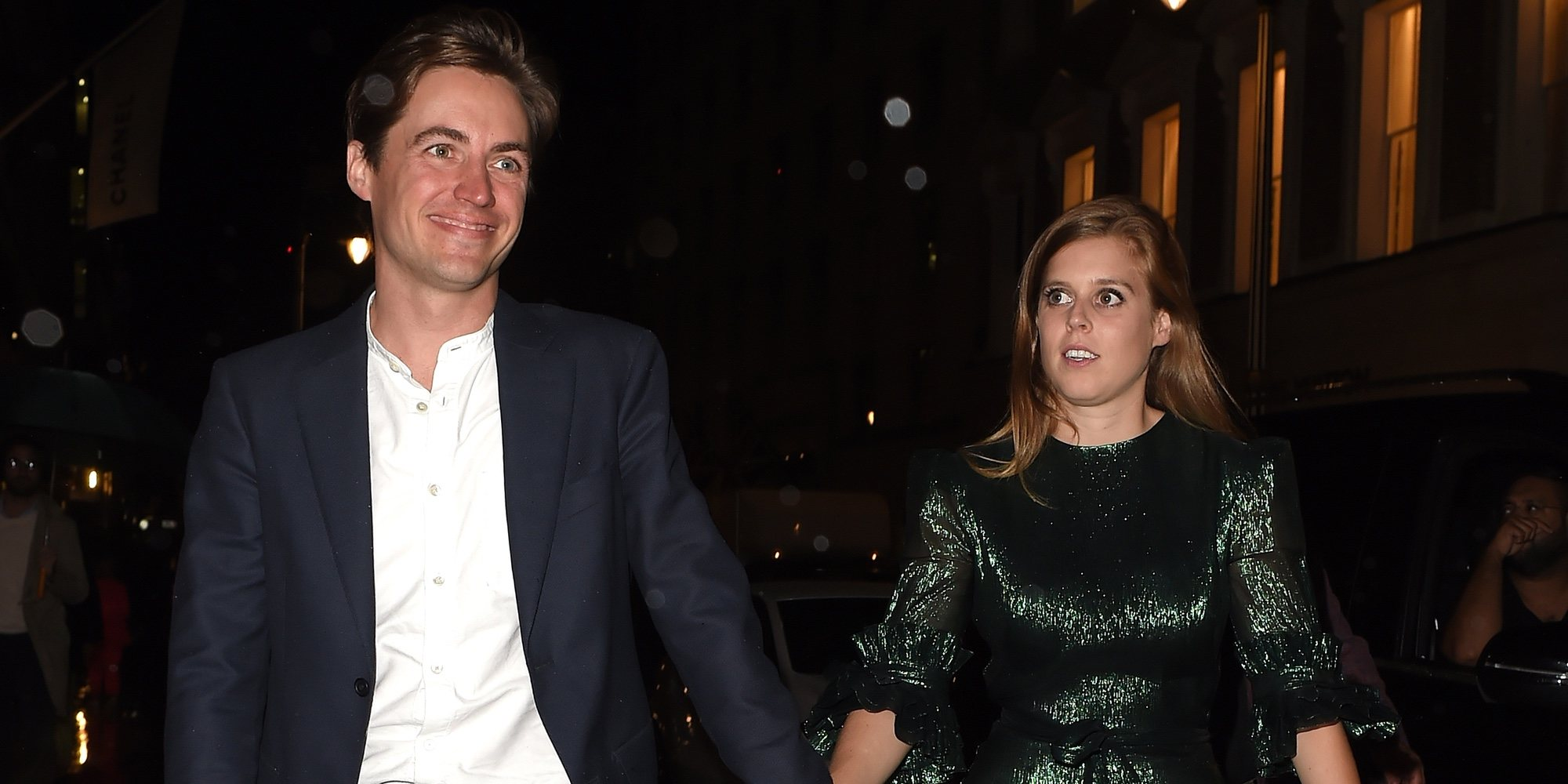 La Princesa Beatriz de York y Edoardo Mapelli Mozzi reaparecen en una fiesta tras el anuncio de su compromiso